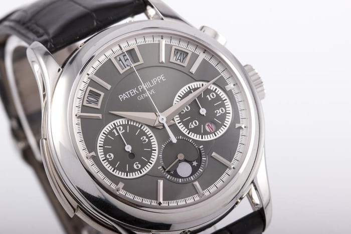 Found Vladimir Putin S Patek Philippe 5208p Grand Complication For Sale At Antiquorum Hodinkee