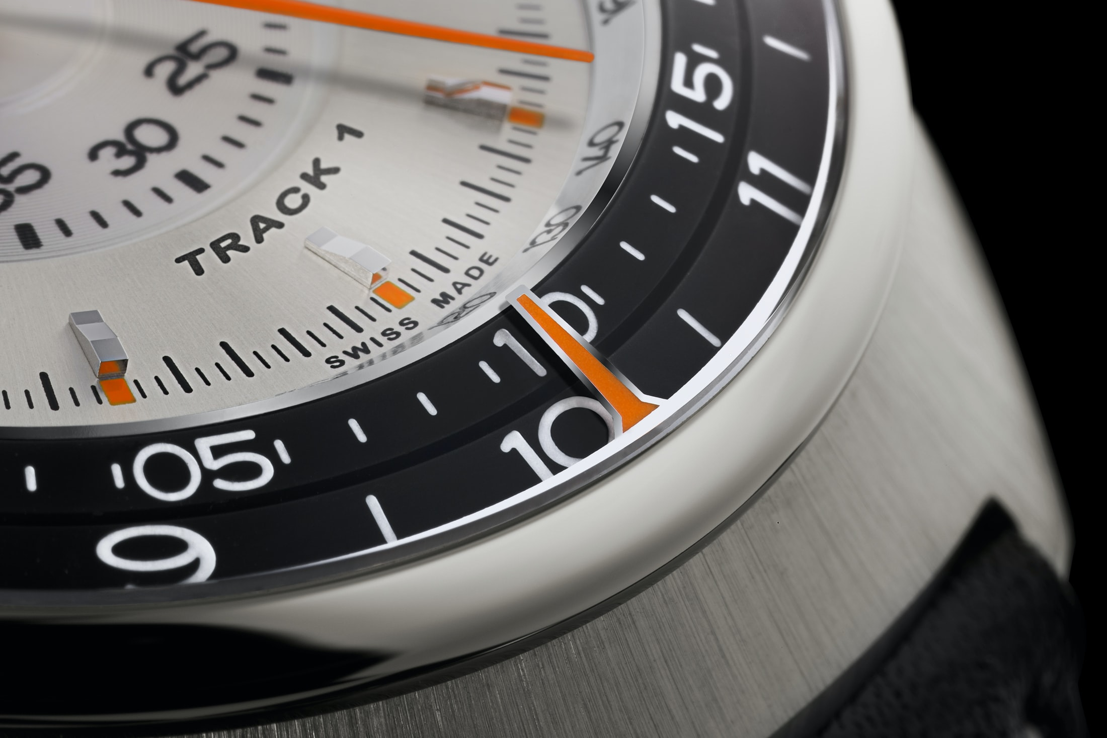 singer track1 chronograph display Introducing: The Singer Track1 Chronograph, Featuring The AgenGraphe Caliber By Jean-Marc Wiederrecht Introducing: The Singer Track1 Chronograph, Featuring The AgenGraphe Caliber By Jean-Marc Wiederrecht singer 04