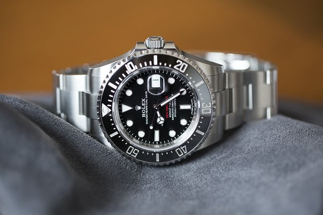 The reference 126600 Sea-Dweller is 43mm in diameter.