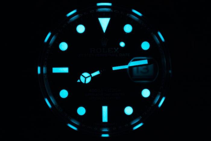 Rolex Sea-Dweller 126600 2017 lume shot