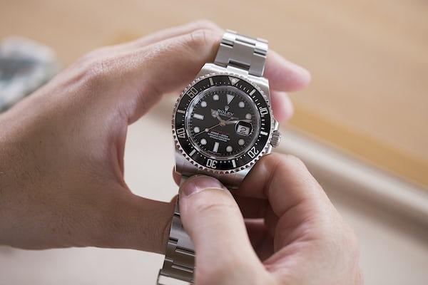Rolex Sea-Dweller 126600 case dimensions
