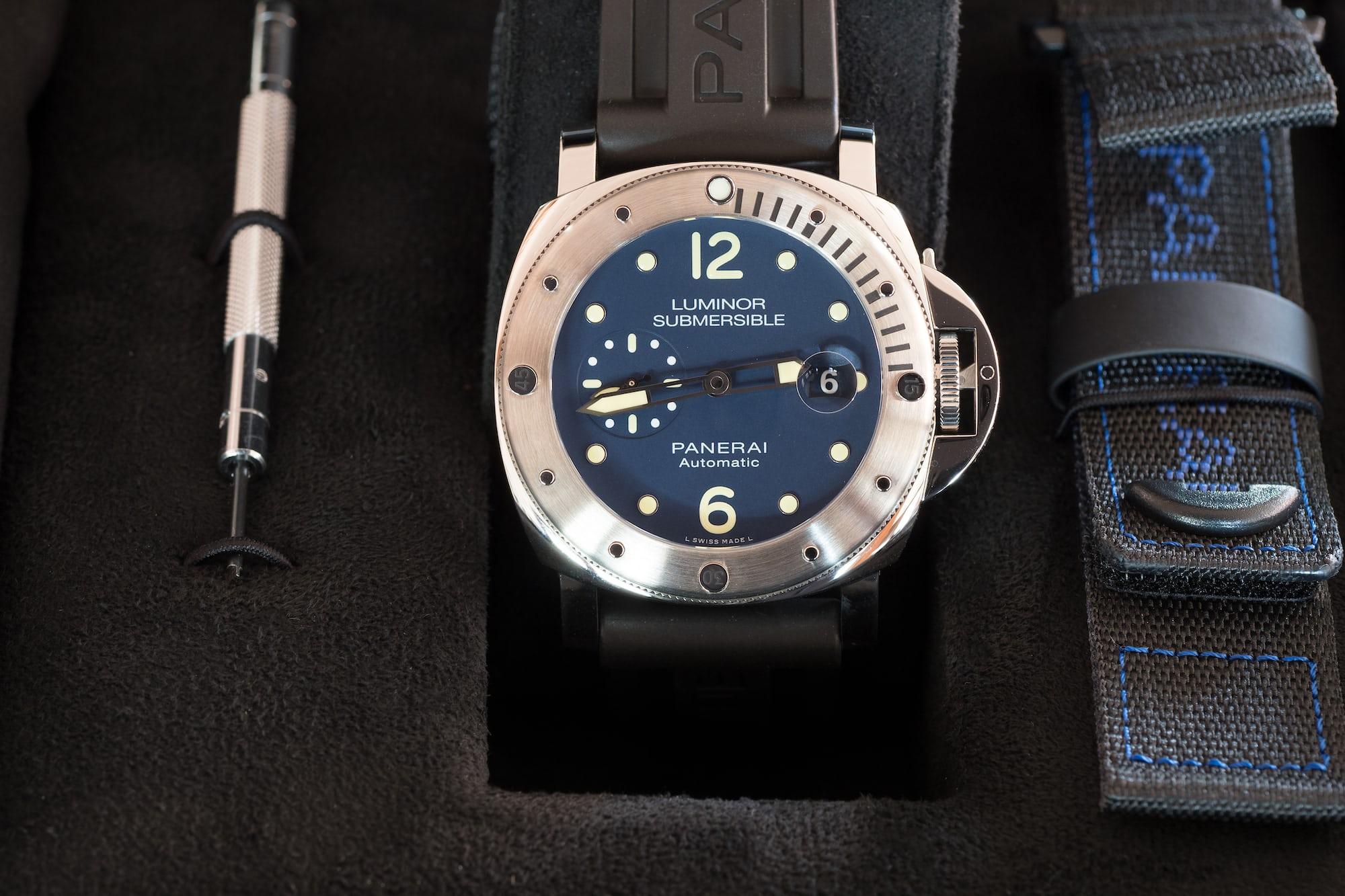Panerai Limited Edition Luminor Submersible Acciaio PAM00731