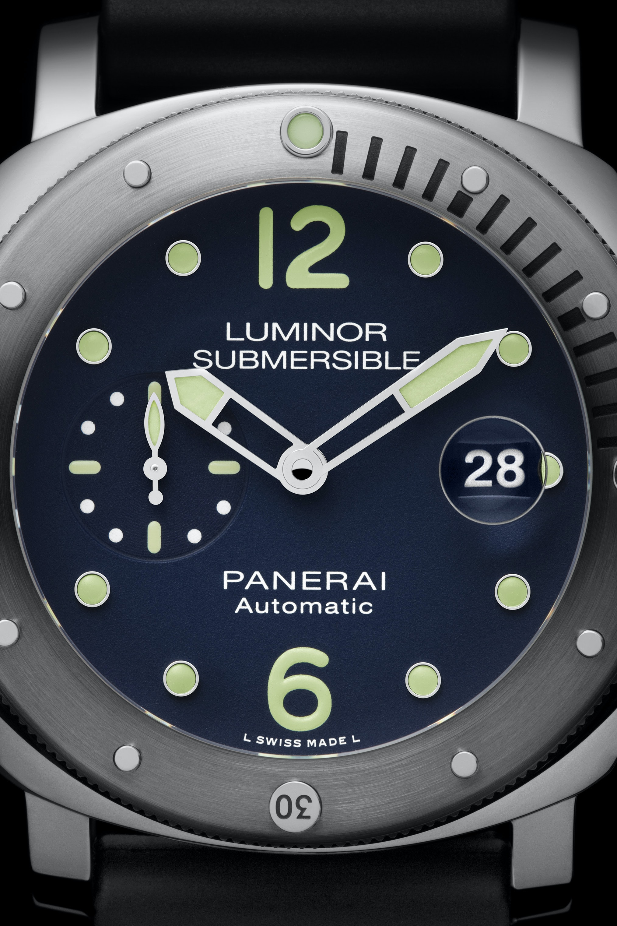 Introducing: The Panerai Limited Edition Luminor Submersible Acciaio PAM00731, An E-Boutique Limited Edition Introducing: The Panerai Limited Edition Luminor Submersible Acciaio PAM00731, An E-Boutique Limited Edition Pam731 Cat Dett04