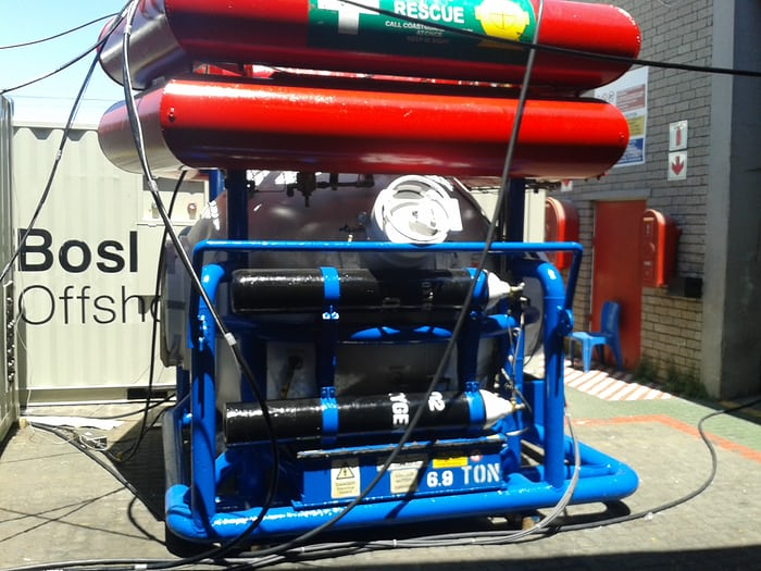 hyperbaric escape pod saturation diving