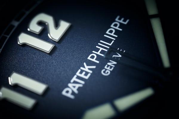 Patek Philippe 5522A Limited Edition Pilot's Calatrava dial closeup