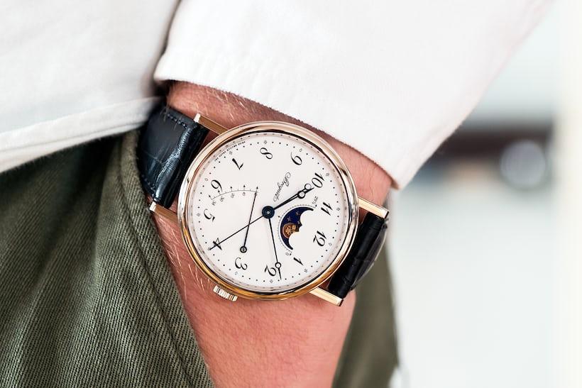 Breguet Classique 7787 wrist shot