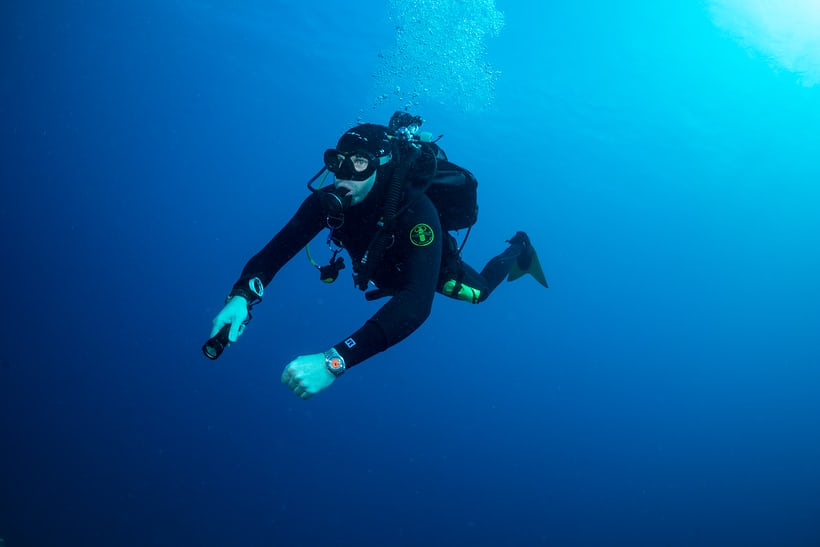 In-Depth: Seven Dive Watch Myths Deep-Sixed - HODINKEE