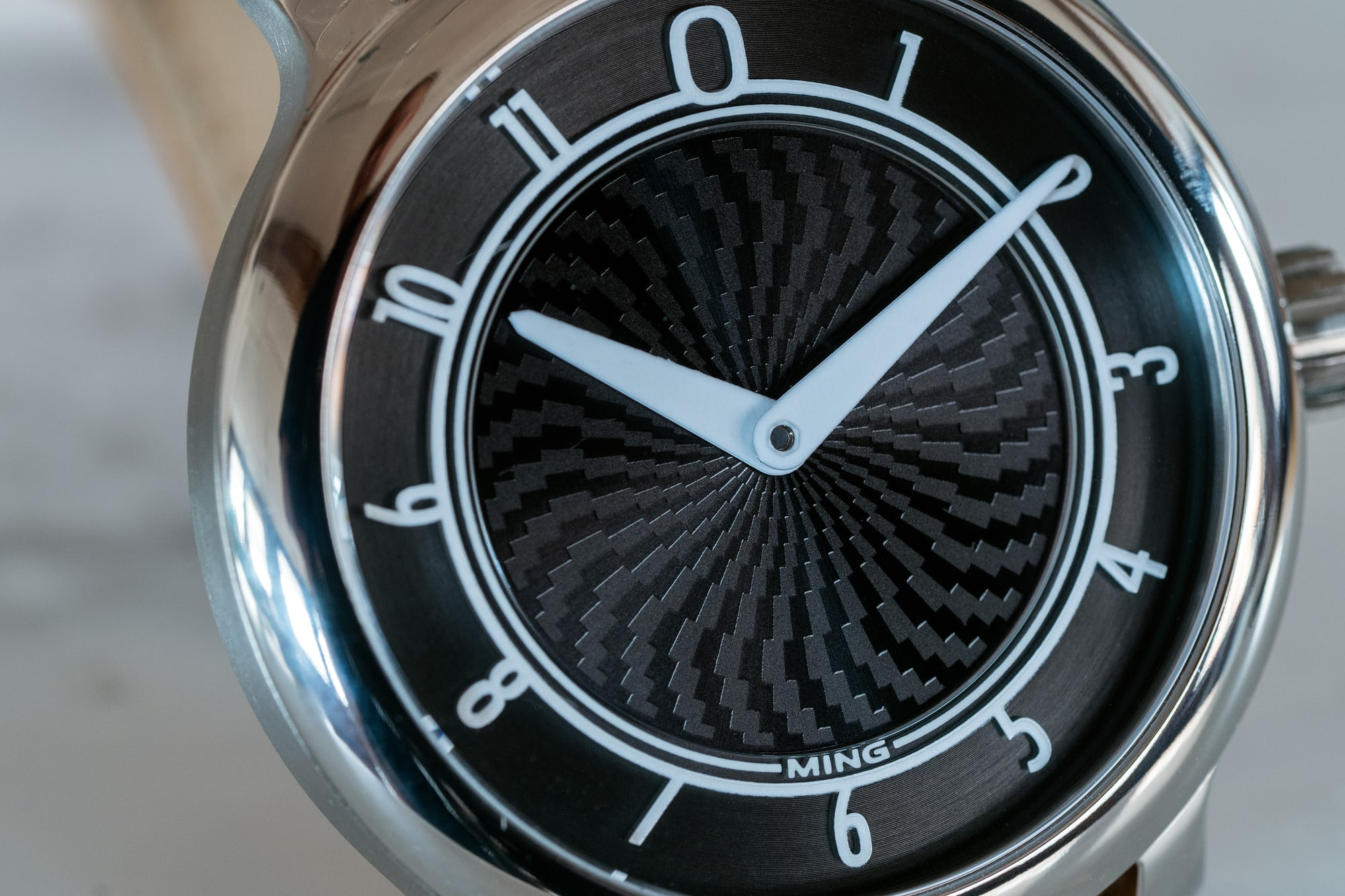 Ming 17.01 Anthracite dial closeup