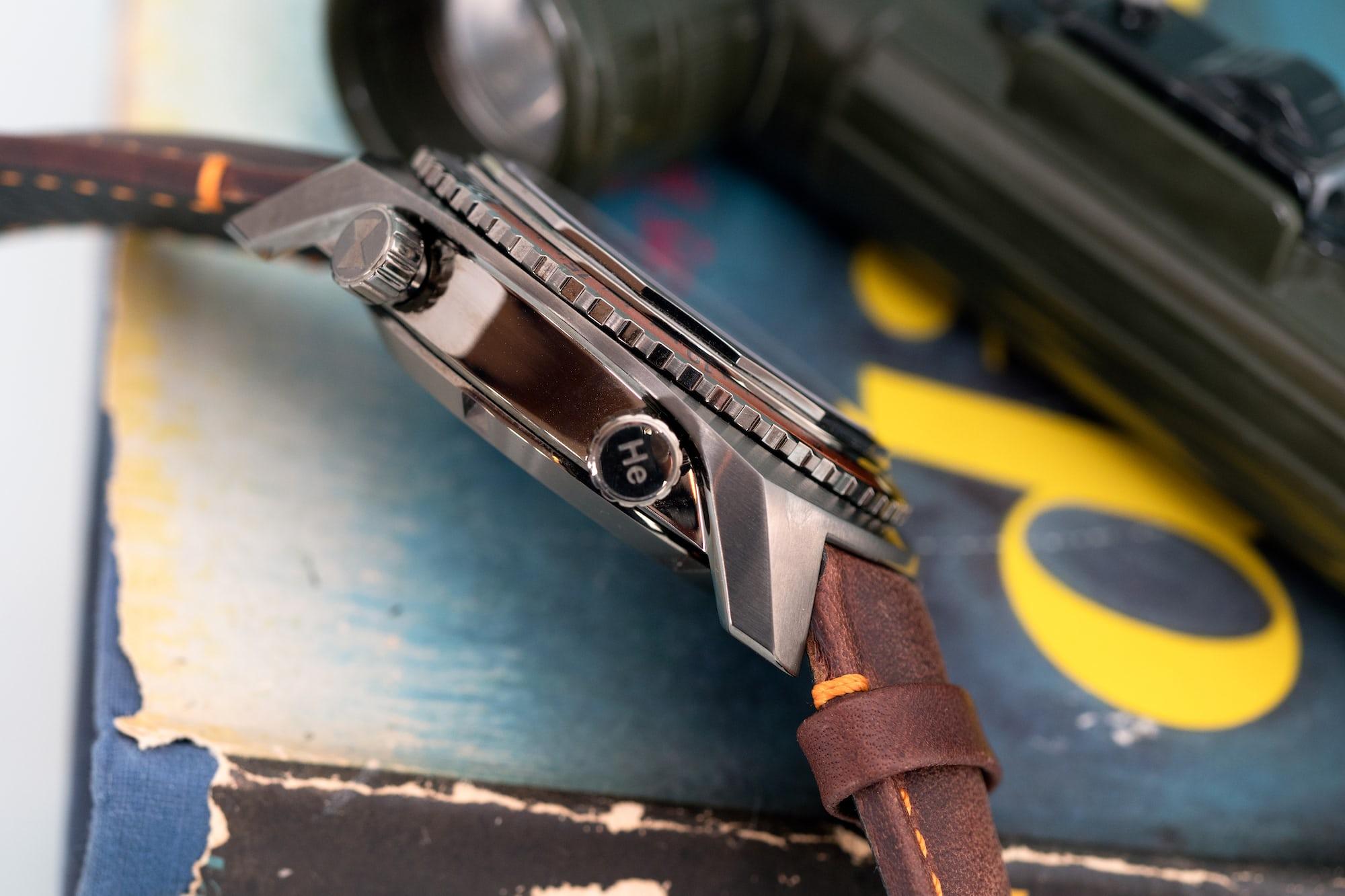 Favre-Leuba Raider Harpoon case flank Hands-On: The Favre-Leuba Raider Harpoon (With An Ingenious Time Display System) Hands-On: The Favre-Leuba Raider Harpoon (With An Ingenious Time Display System) P7240468