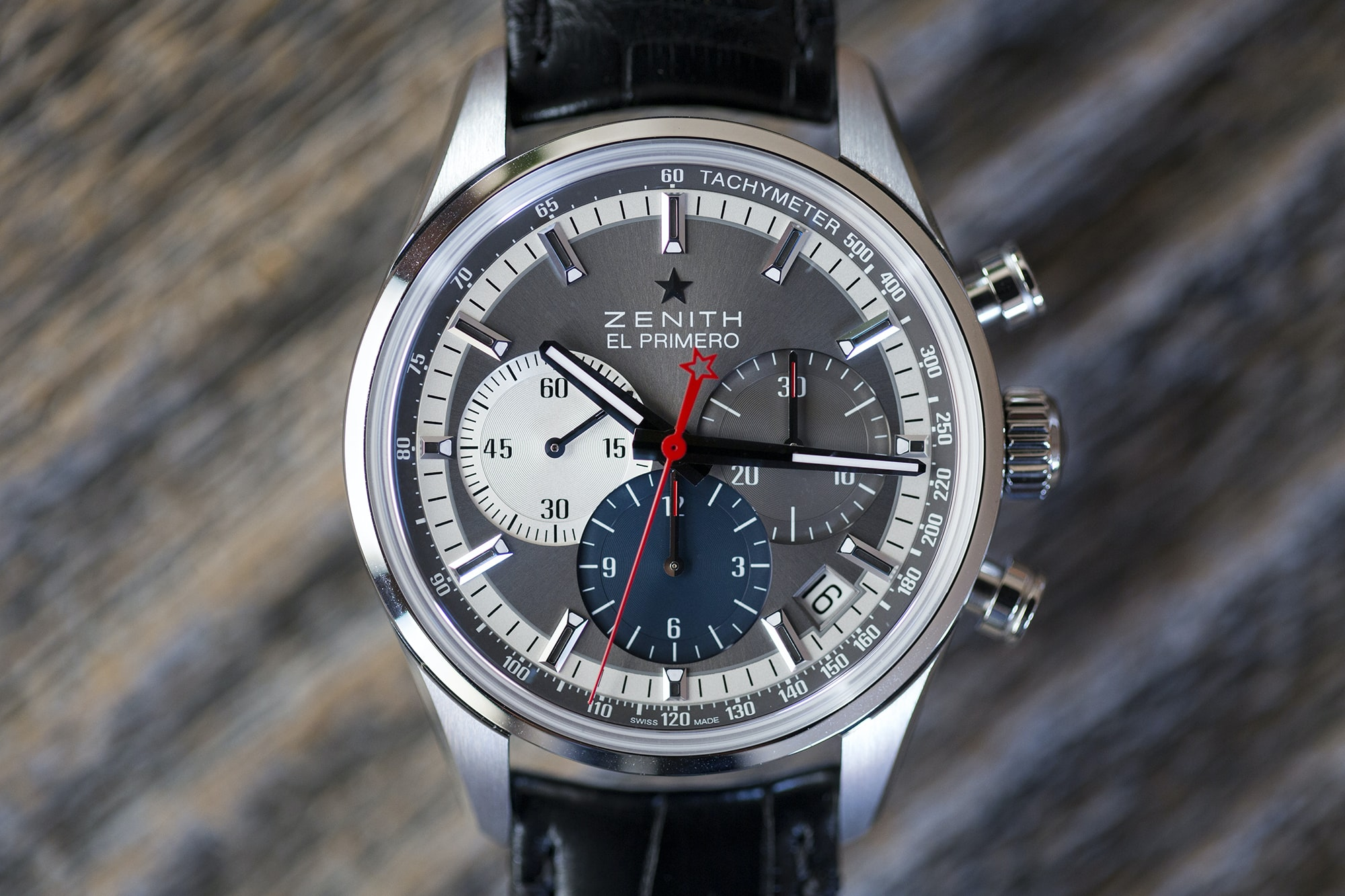 The Zenith El Primero Chronomaster 38mm dial Hands-On: The Zenith El Primero Chronomaster 38mm Hands-On: The Zenith El Primero Chronomaster 38mm B89A0833 copy