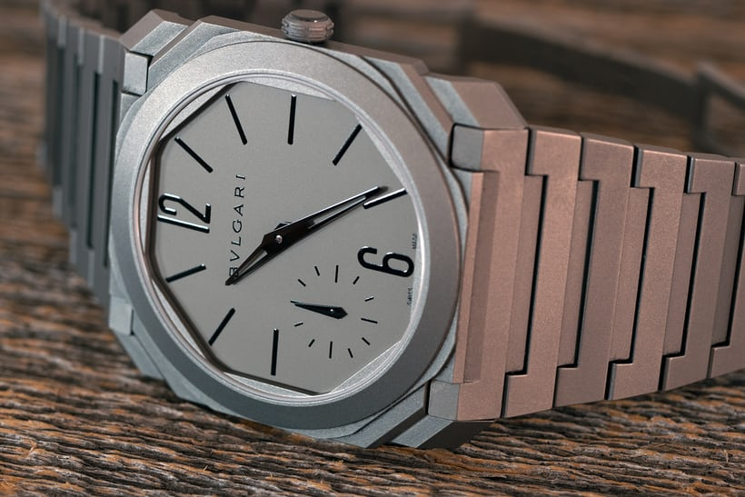The Bulgari Octo Finissimo Automatique dial oblique view