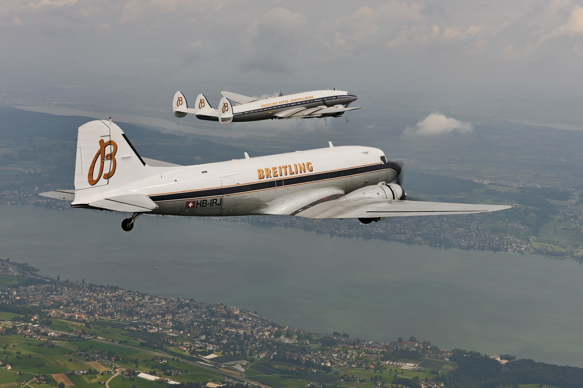 breitling dc-3 and breitling constellation Dispatches: Breitling's DC-3 To Become Oldest Aircraft Ever To Circle The Earth Dispatches: Breitling's DC-3 To Become Oldest Aircraft Ever To Circle The Earth Breitling DC 3  Breitling Super Constellation