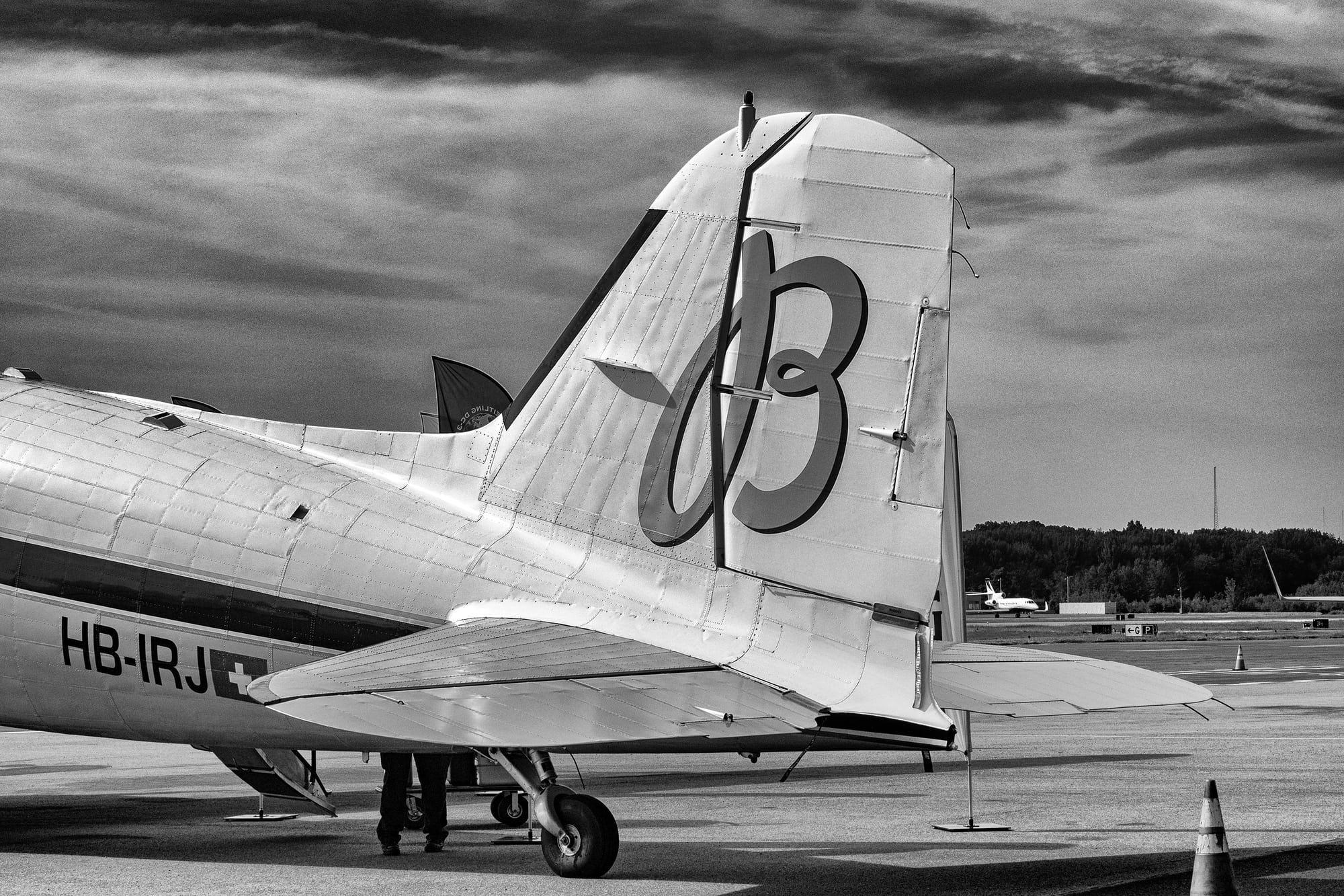 The Breitling DC-3 tail  Dispatches: Breitling's DC-3 To Become Oldest Aircraft Ever To Circle The Earth Dispatches: Breitling's DC-3 To Become Oldest Aircraft Ever To Circle The Earth P8212238 bw