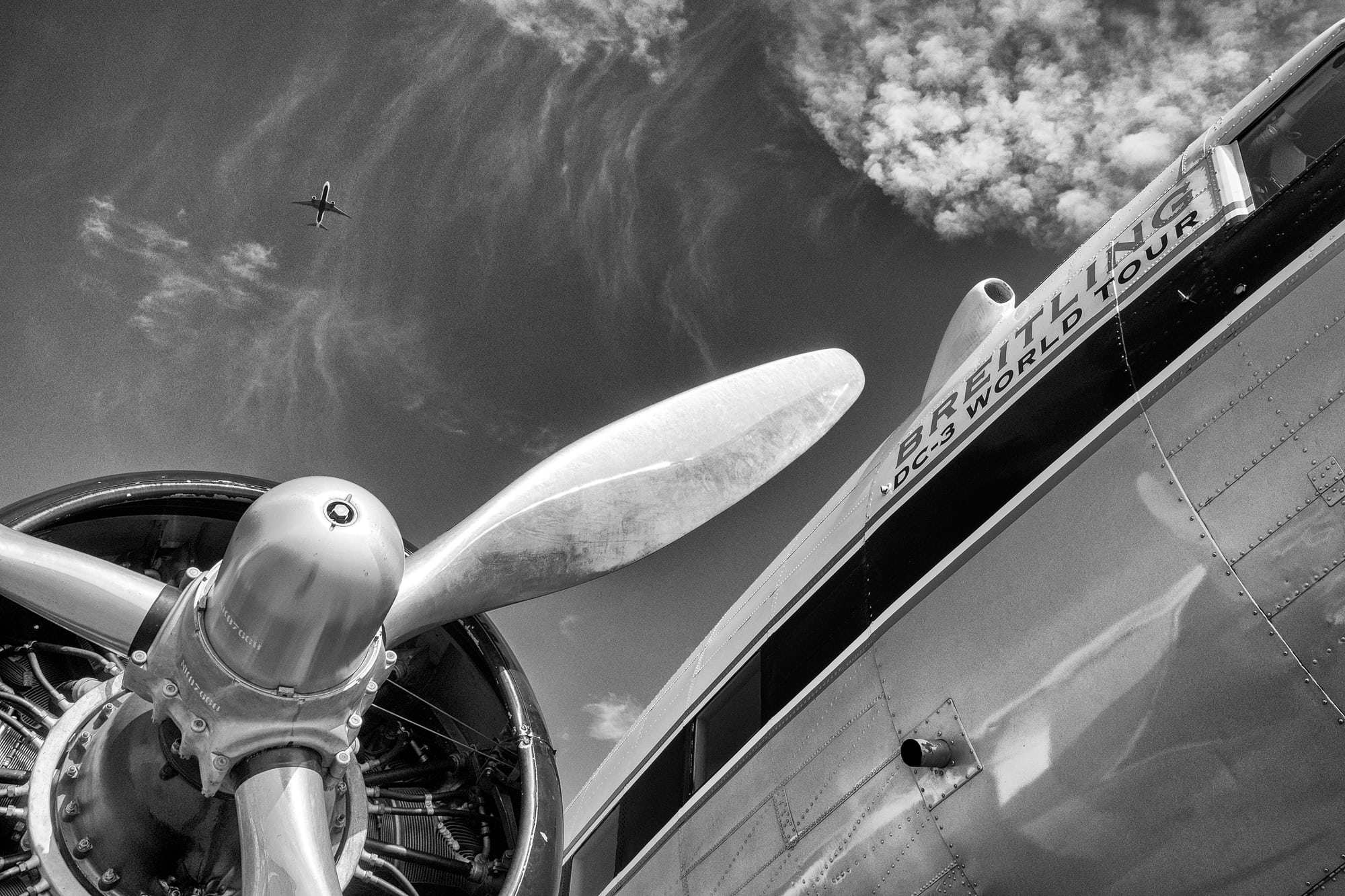 Breitling DC-3 engine propellers Dispatches: Breitling's DC-3 To Become Oldest Aircraft Ever To Circle The Earth Dispatches: Breitling's DC-3 To Become Oldest Aircraft Ever To Circle The Earth P8212271 bw