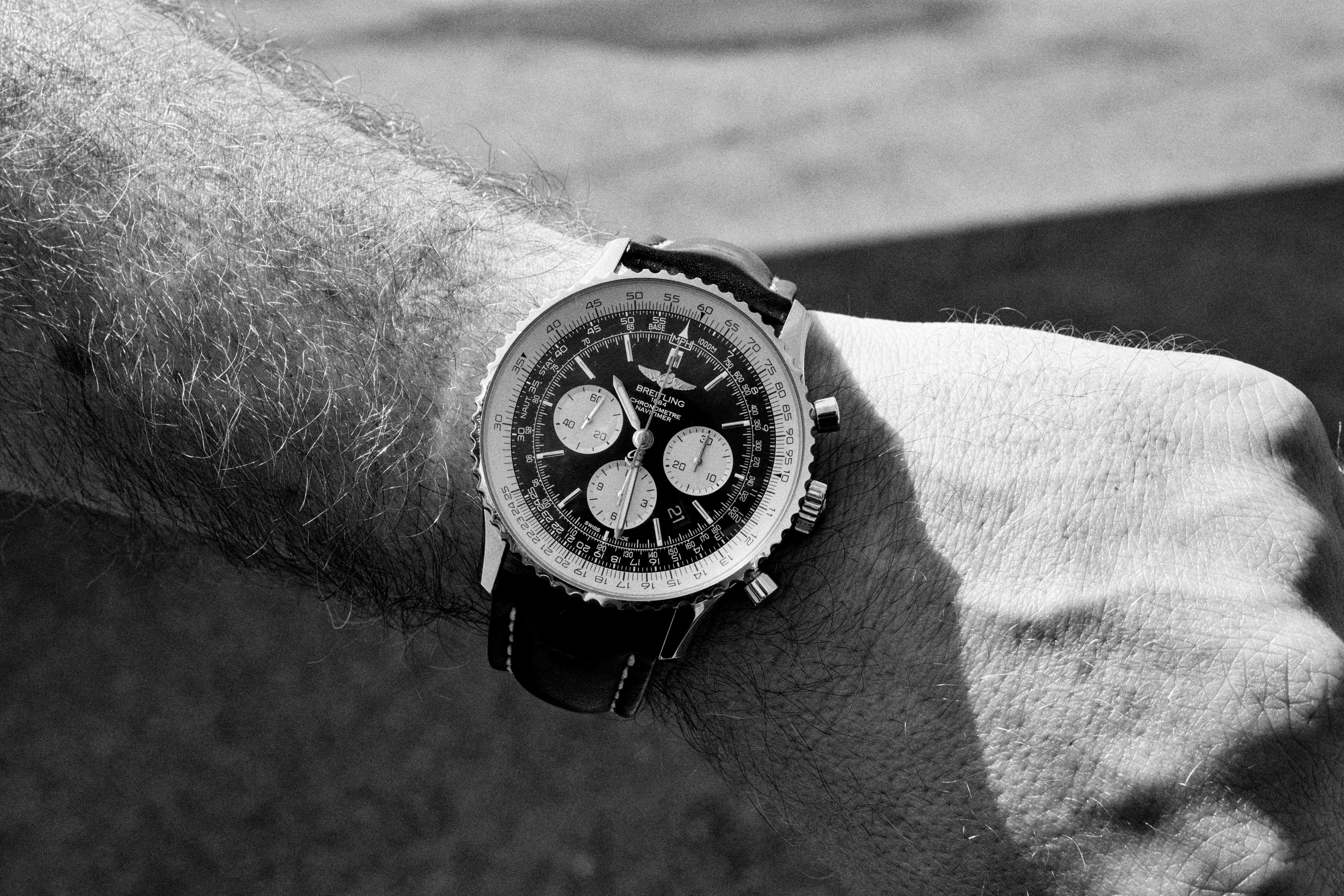 Navitimer 01 on the wrist of Captain Francisco Agullo, pilot of the Breitling DC-3. Dispatches: Breitling's DC-3 To Become Oldest Aircraft Ever To Circle The Earth Dispatches: Breitling's DC-3 To Become Oldest Aircraft Ever To Circle The Earth P8212265 bw