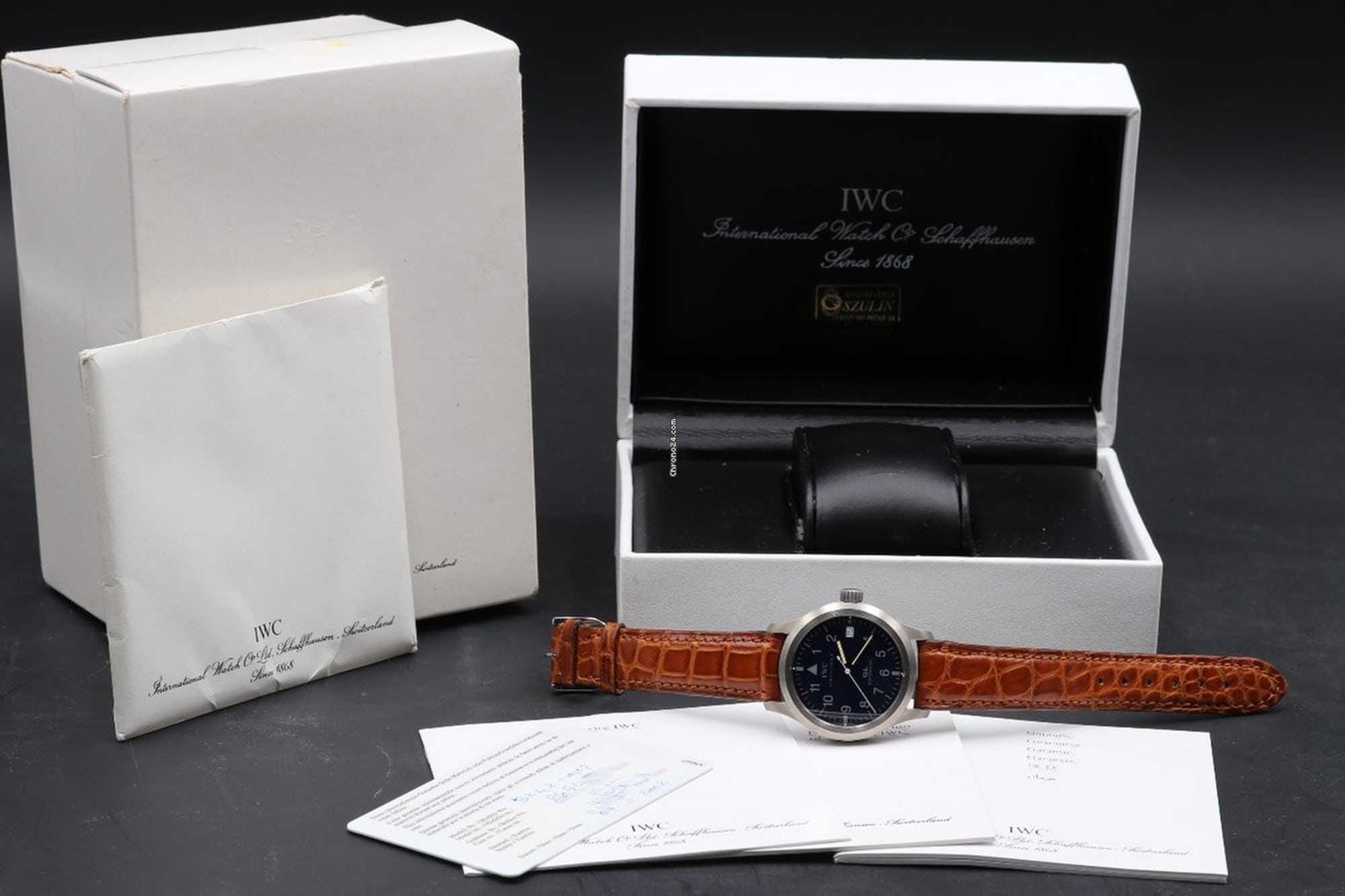 IWC Mark XII Reference 3242 full set Bring a Loupe: A Titanium Zenith Port Royal, A Military Universal Genve Compax, A Pulsations Doxa Sfygmos, And More Bring a Loupe: A Titanium Zenith Port Royal, A Military Universal Genve Compax, A Pulsations Doxa Sfygmos, And More IWC full set