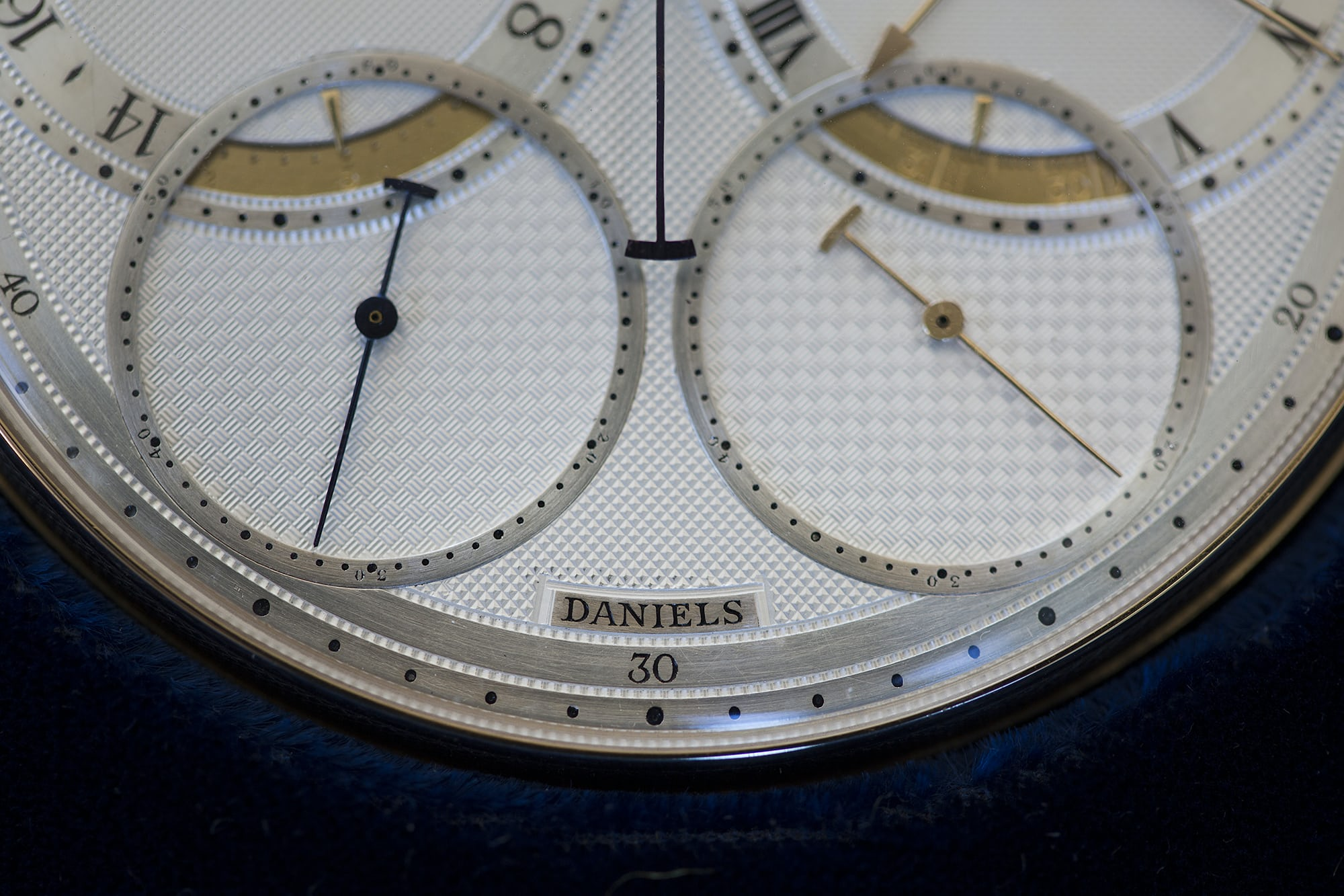 Daniels Space Traveller solar and sidereal seconds auction report: sotheby's to offer the daniels 'space traveller' watch, september 19th in london Auction Report: Sotheby's To Offer The Daniels 'Space Traveller' Watch, September 19th In London 20010458 copy