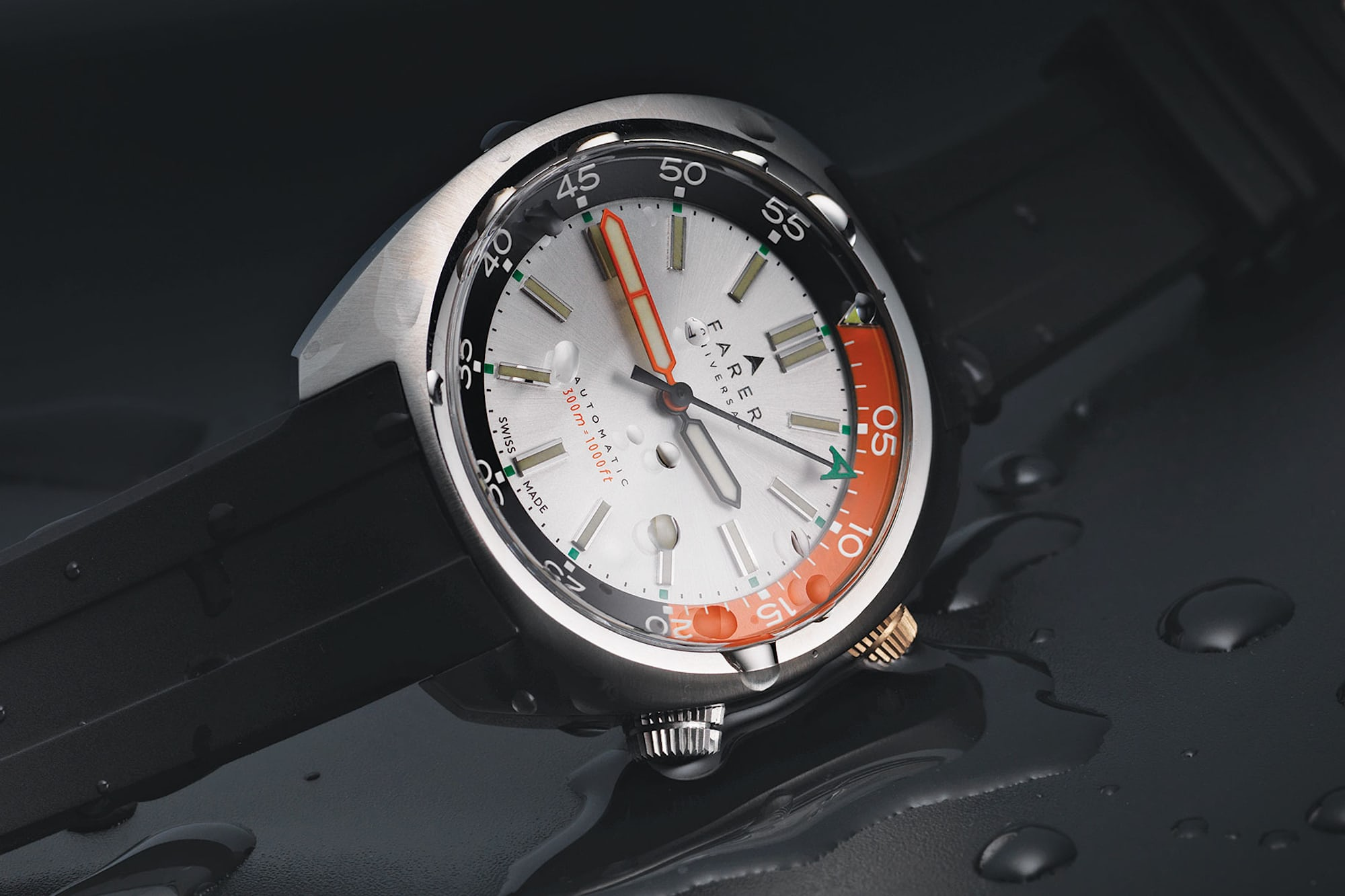 Farer Aqua Compressor on black rubber strap introducing: farer aqua compressor automatic dive watches Introducing: Farer Aqua Compressor Automatic Dive Watches Farer Aqua Compressor 2