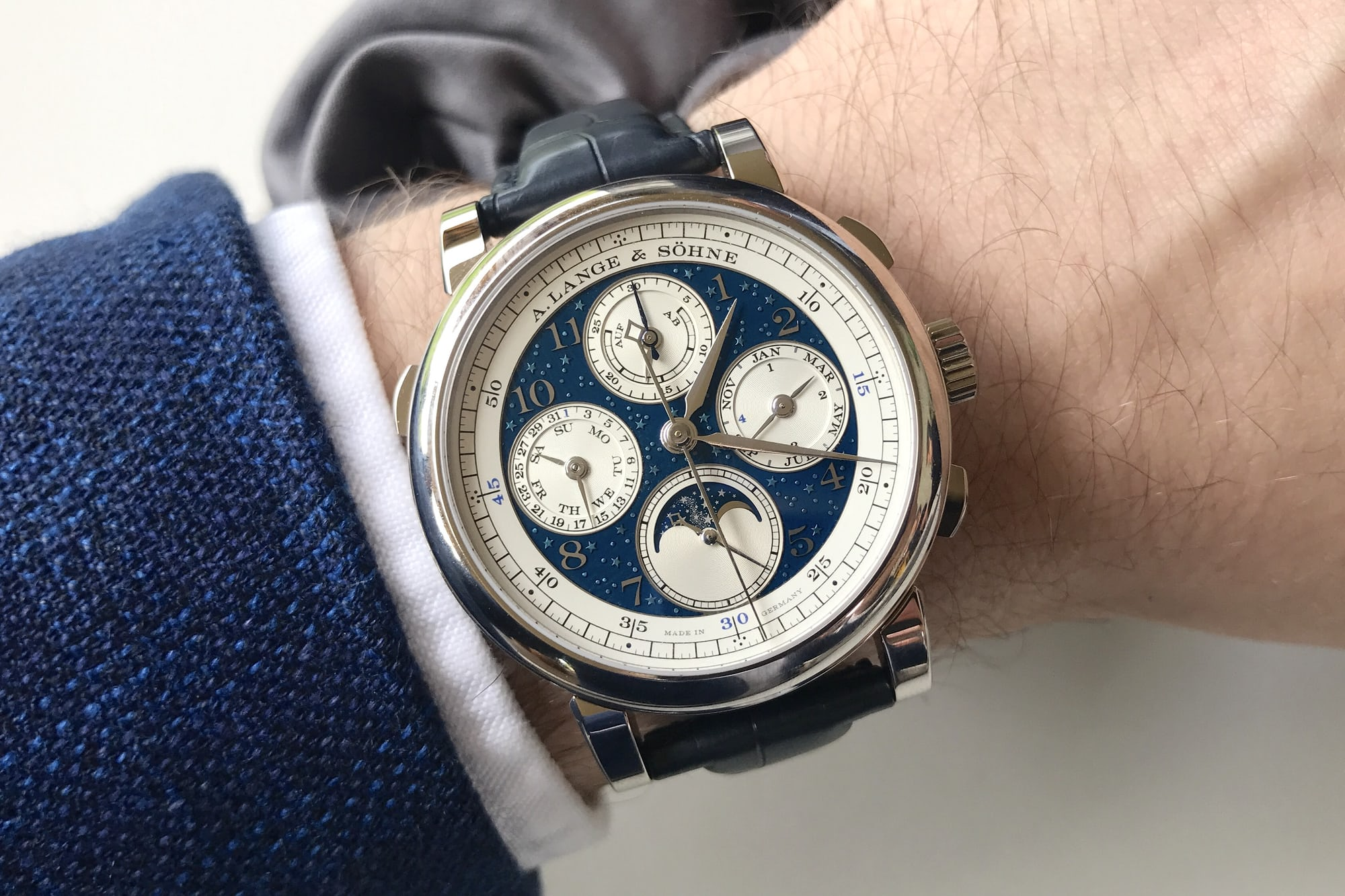 1815 Rattrapante Perpetual Calendar Handwerkskunst live photos introducing: the a. lange & shne 1815 rattrapante perpetual calendar handwerkskunst (live pics & pricing) Introducing: The A. Lange & Shne 1815 Rattrapante Perpetual Calendar Handwerkskunst (Live Pics & Pricing) IMG 2467
