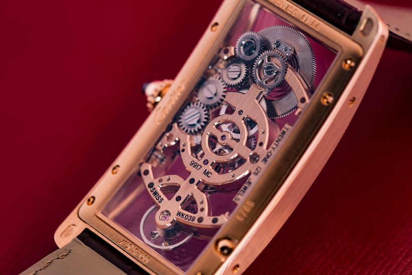 cartier tank cintree skeleton movement oblique image