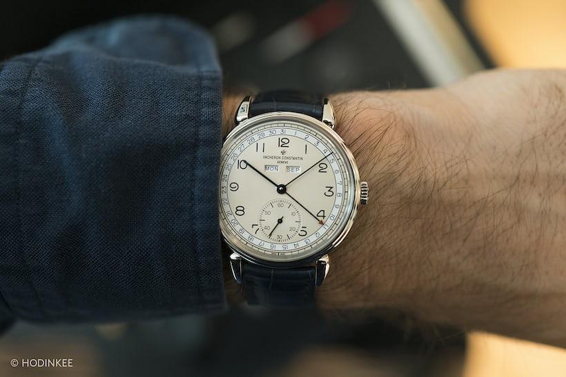 historiques 1942 blue date numerals wrist shot