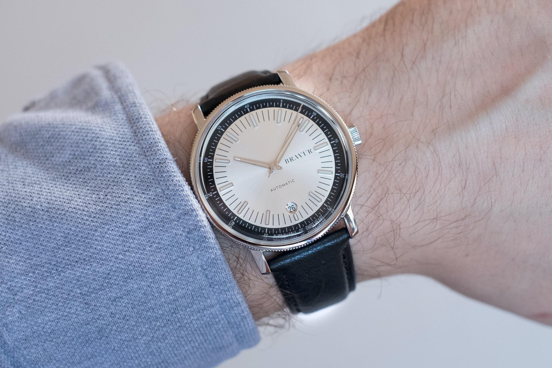 bravur watches bw003 silver wristshot Hands-On: The Bravur BW003 Automatic Hands-On: The Bravur BW003 Automatic bravur 01