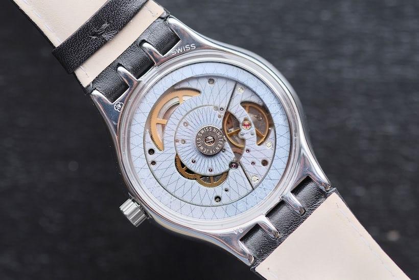 sistem51 swatch movement