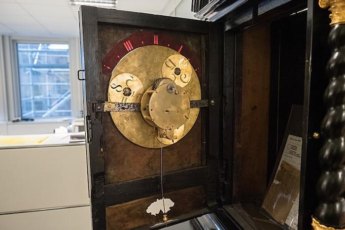Interior, wandering hours clock, Urwerk Geneva