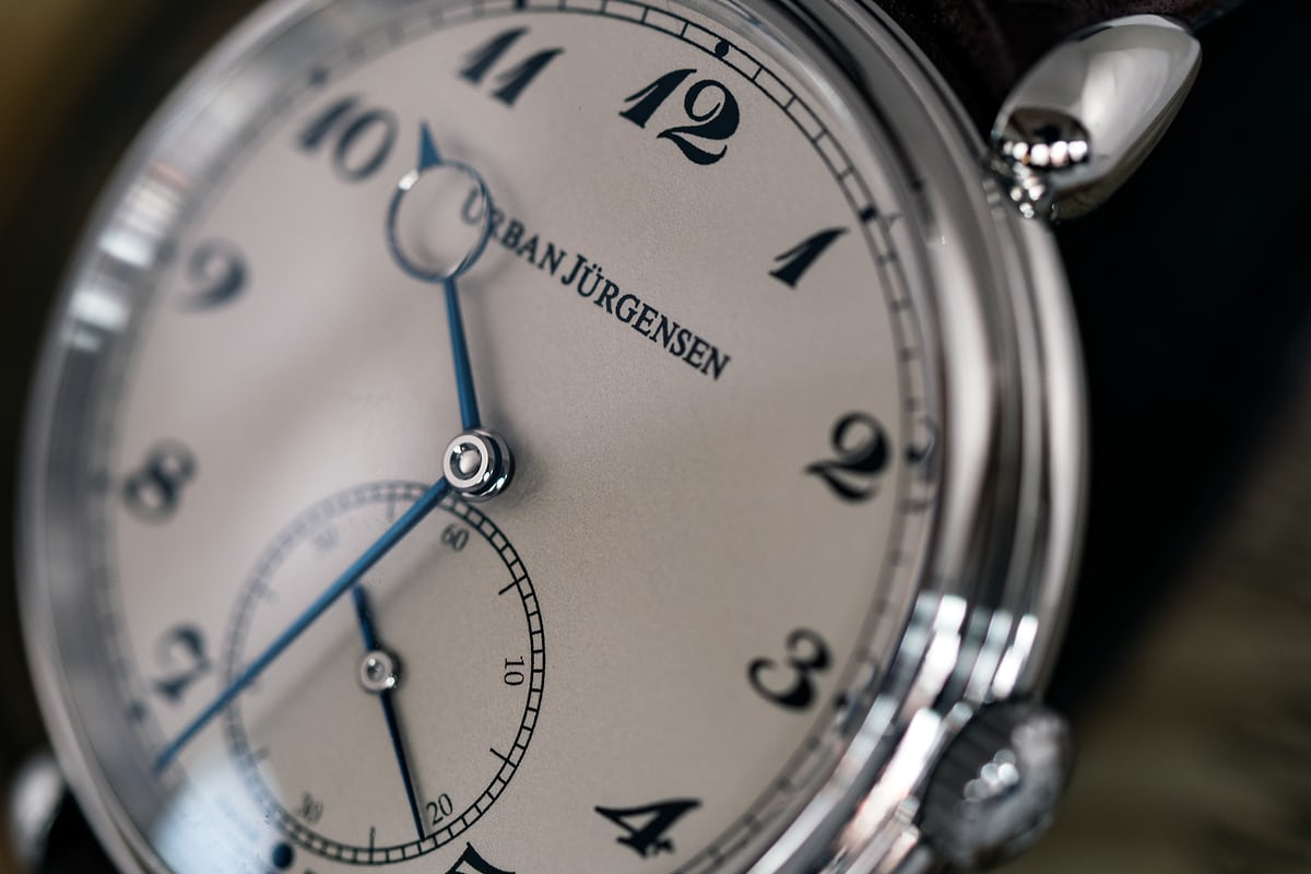 The Alfred Urban Jürgensen dial and hands