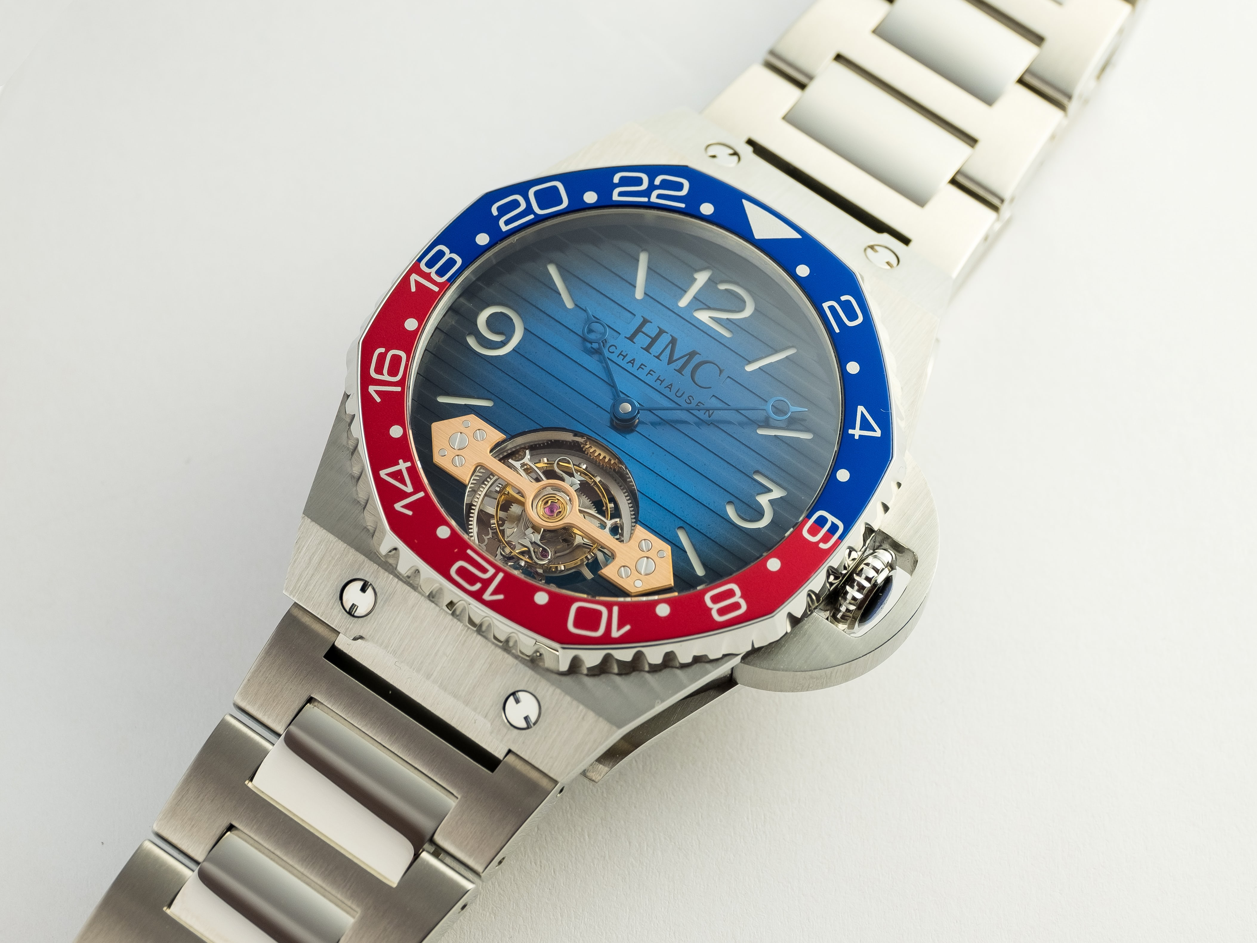 moser - H. Moser Swiss Icons Watch Swiss_Icons_Watch_3804-1200_Lifestyle_1.jpg?ixlib=rails-1.1
