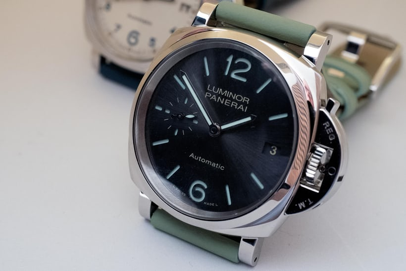 with handed released aged for panerai of the luminor left and submersible sort crown lefty look hands watch style quietly orientation a watches vintage titanio trio