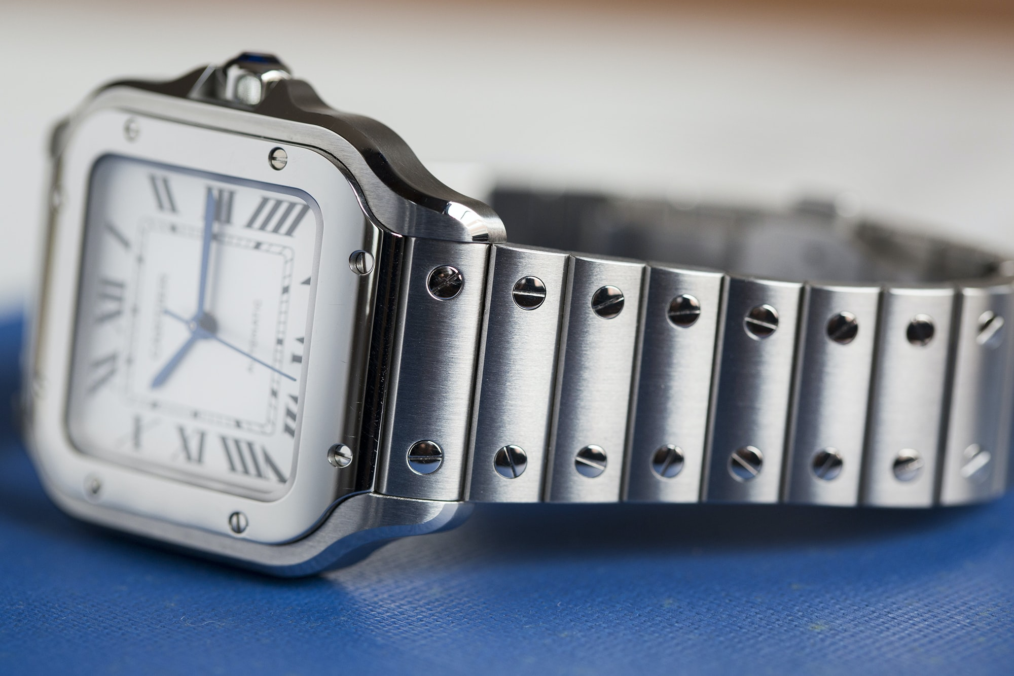 A Week On The Wrist: The Cartier Santos B89A0149 copy