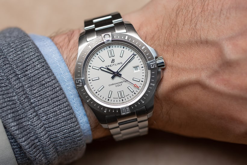Hands On The Breitling Chronomat Colt Automatic 41 Hodinkee