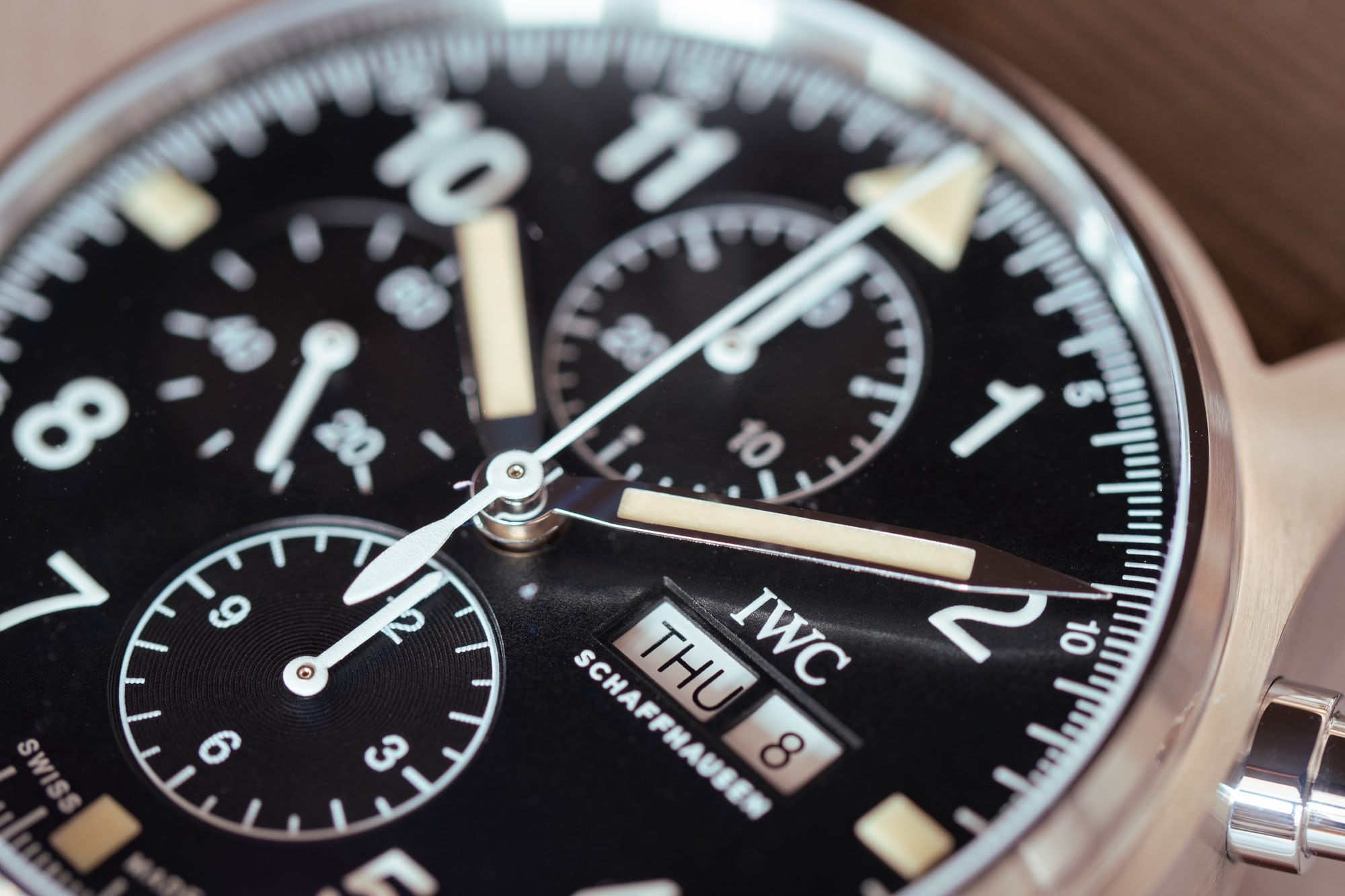 IWC Pilot's Watch Chronograph Reference IW377724 date window hands-on: the iwc pilot's watch chronograph ref. iw377724 Hands-On: The IWC Pilot's Watch Chronograph Ref. IW377724 P4250230