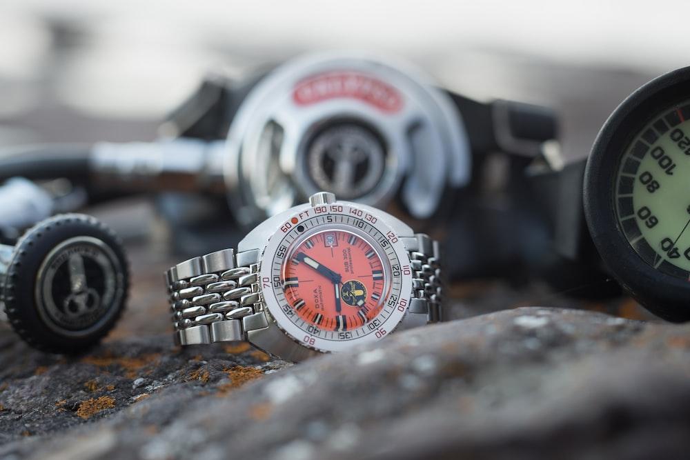 In-Depth: Deciphering Dive Watch Ma...