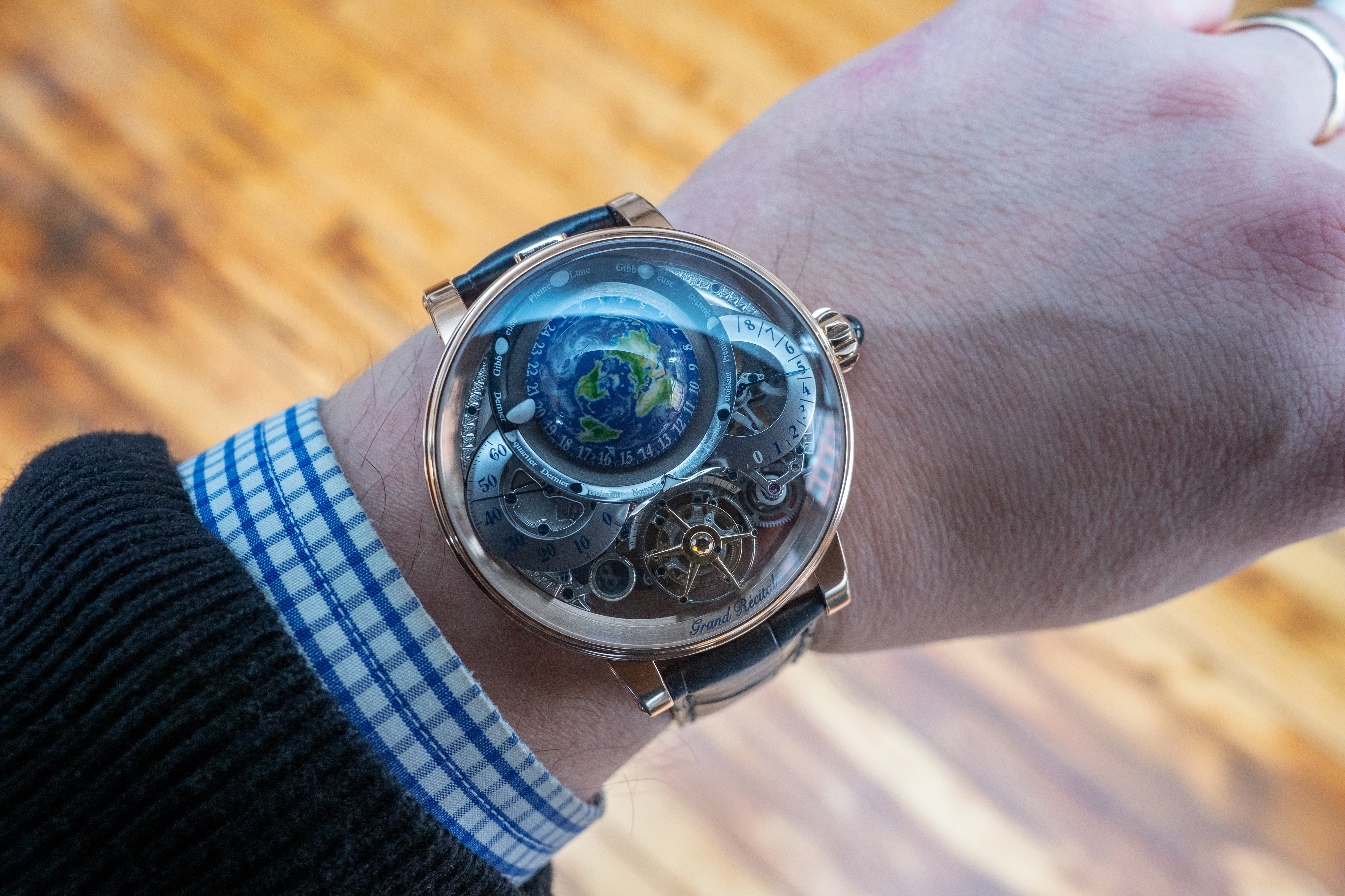 Breaking News: The Bovet Récital 22 Grand Récital Takes Home The Aiguille d'Or At The 2018 GPGH Awards P5180655