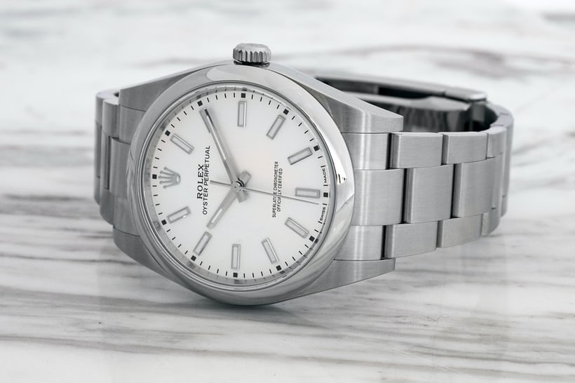 Hands-On  The Rolex Oyster Perpetual 6932c9494