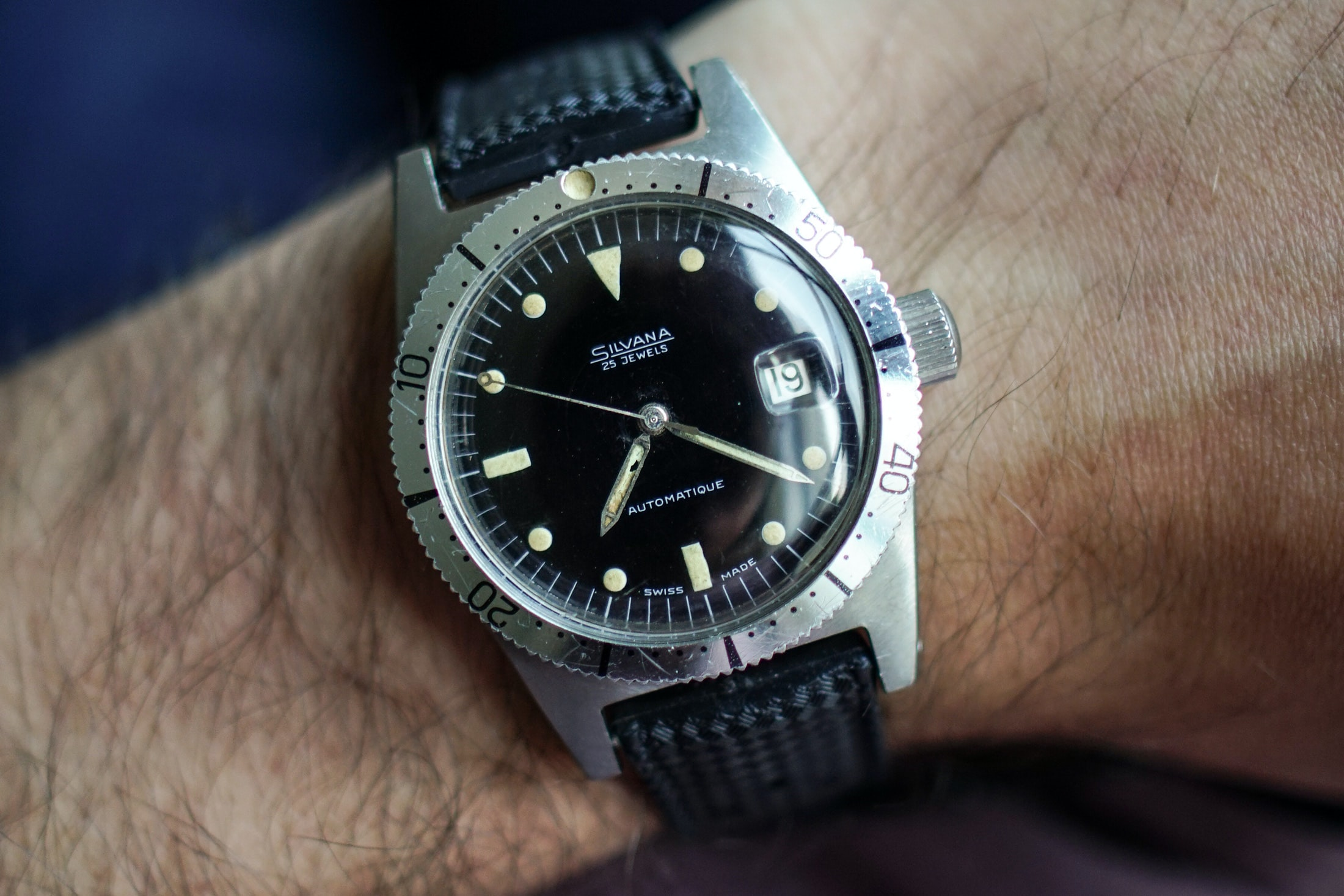 Editors' Picks: The Best Entry-Level Vintage Watches skin diver 01