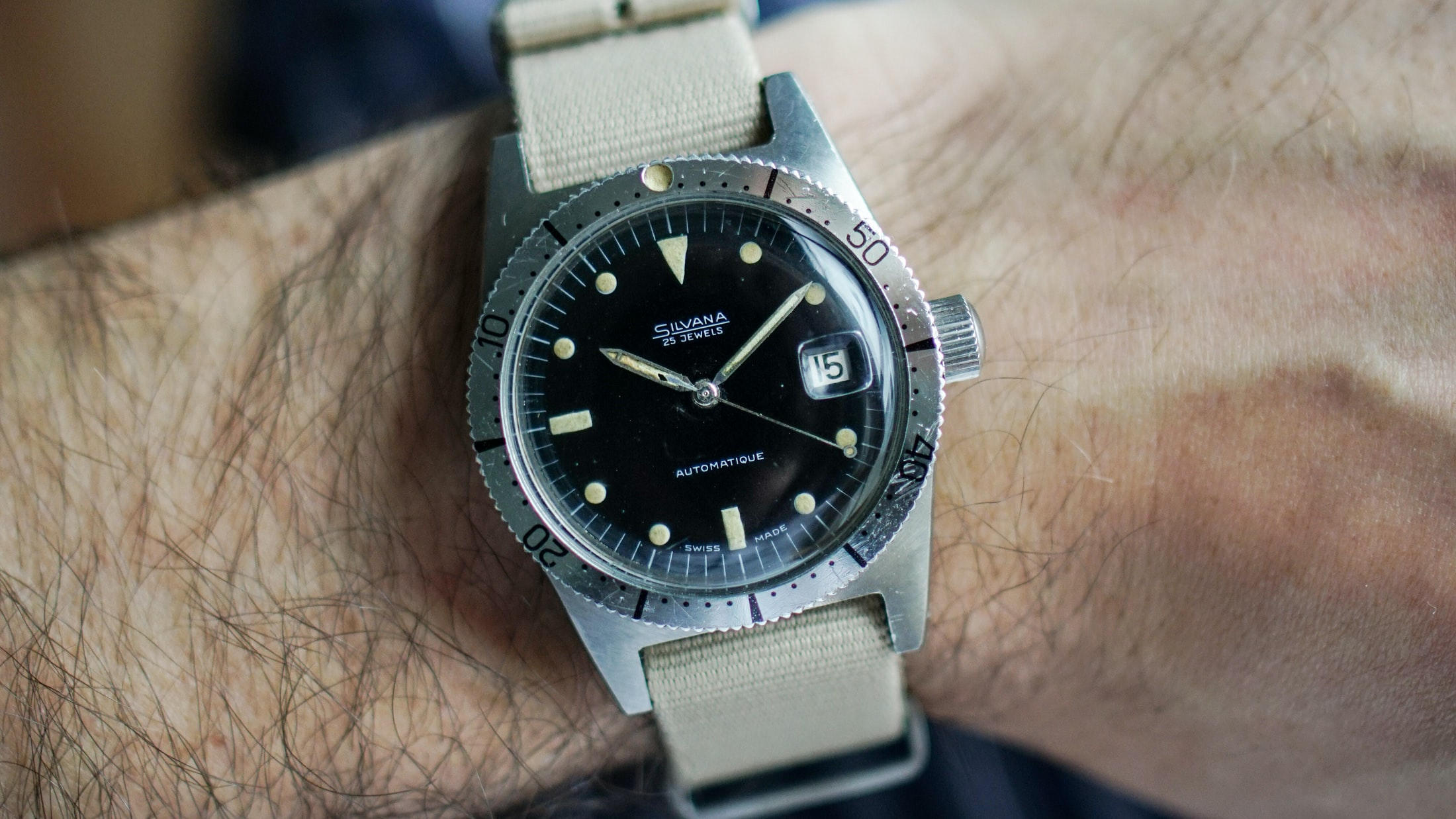 Editors' Picks: The Best Entry-Level Vintage Watches skin diver h
