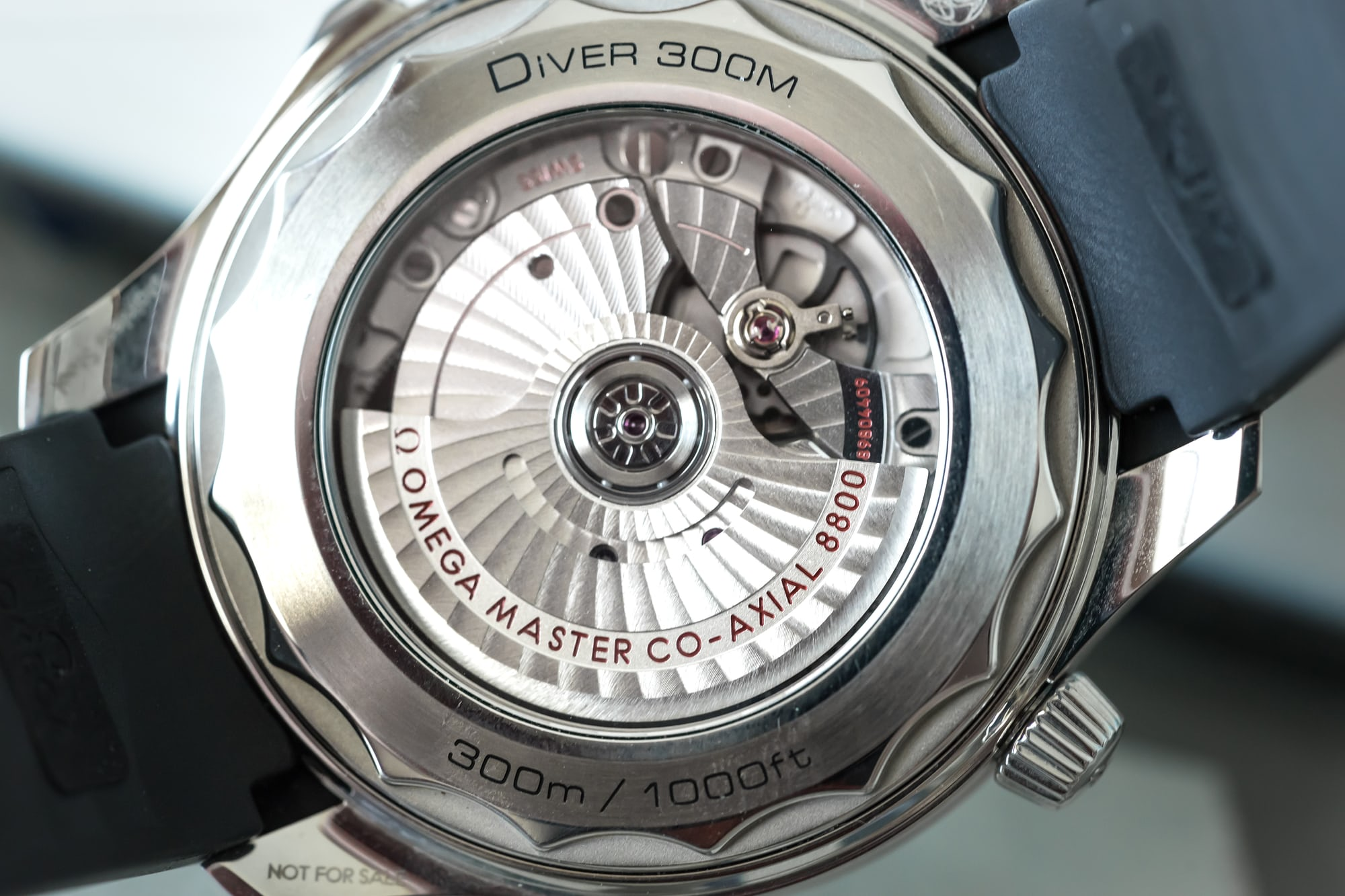 In-Depth: Diving With The Omega Seamaster Professional 300M SM300 pro 3