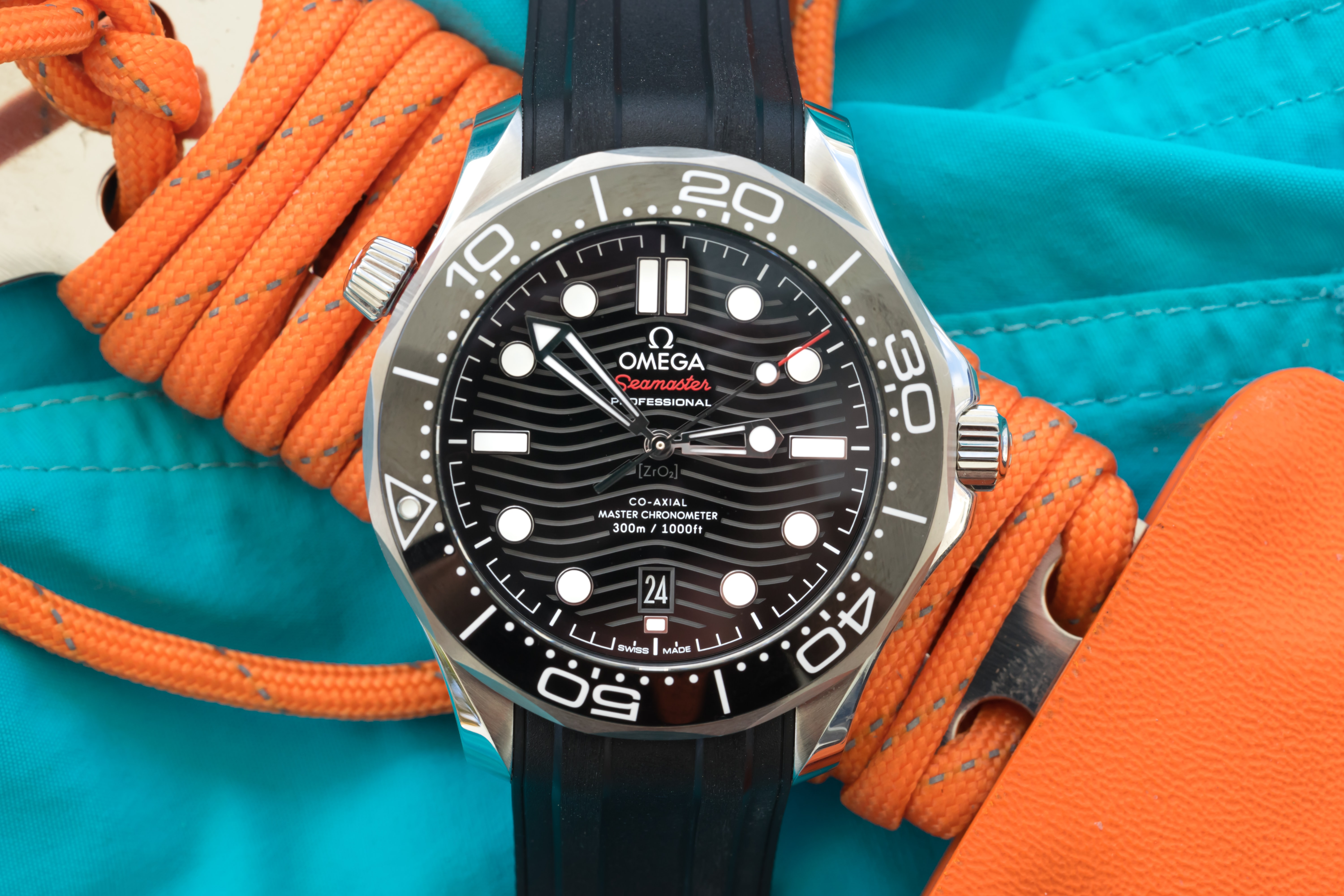 Review: The Blancpain Fifty Fathoms Bathyscaphe Day Date 70s SM300 pro 7