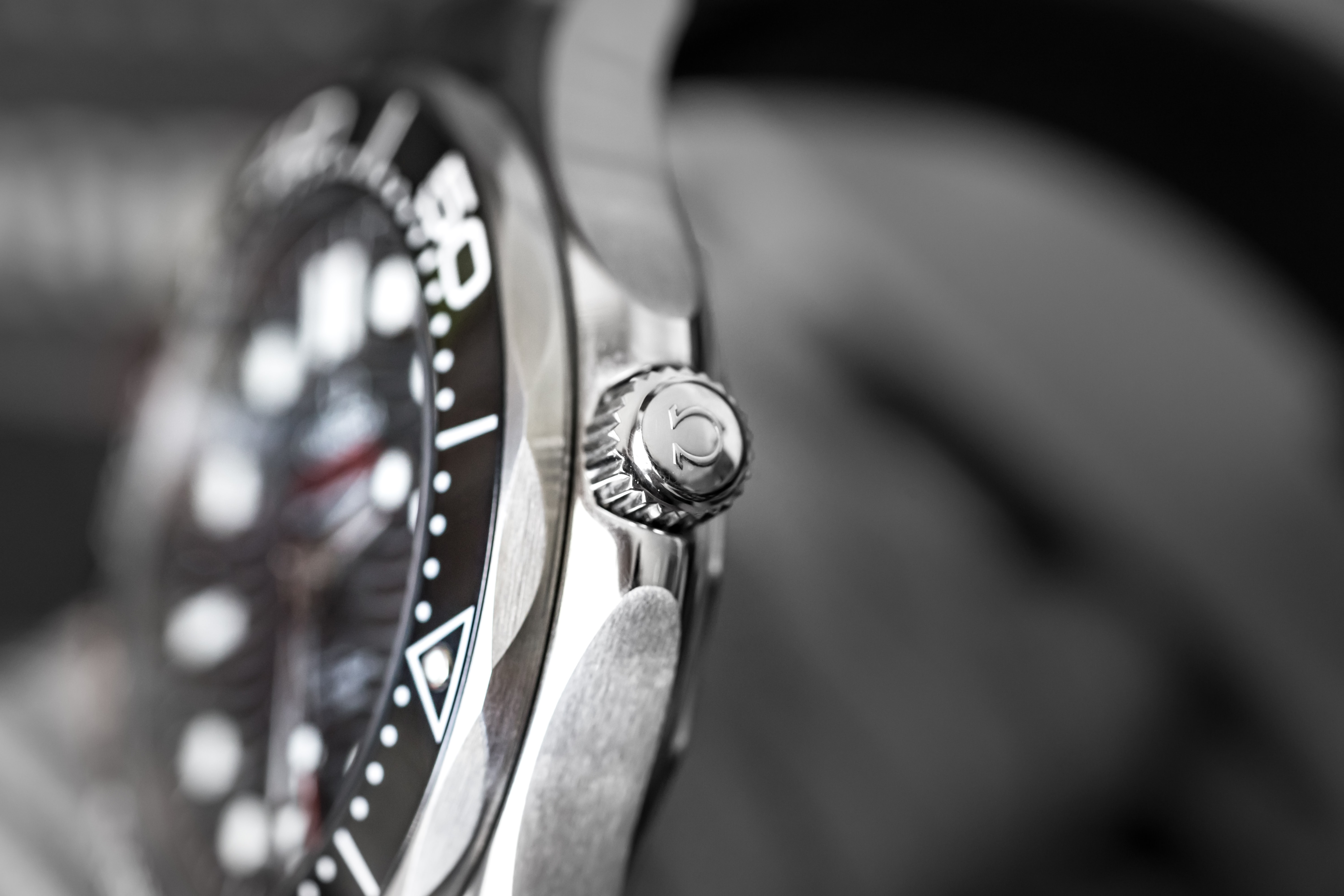 In-Depth: Diving With The Omega Seamaster Professional 300M SM300 pro 6