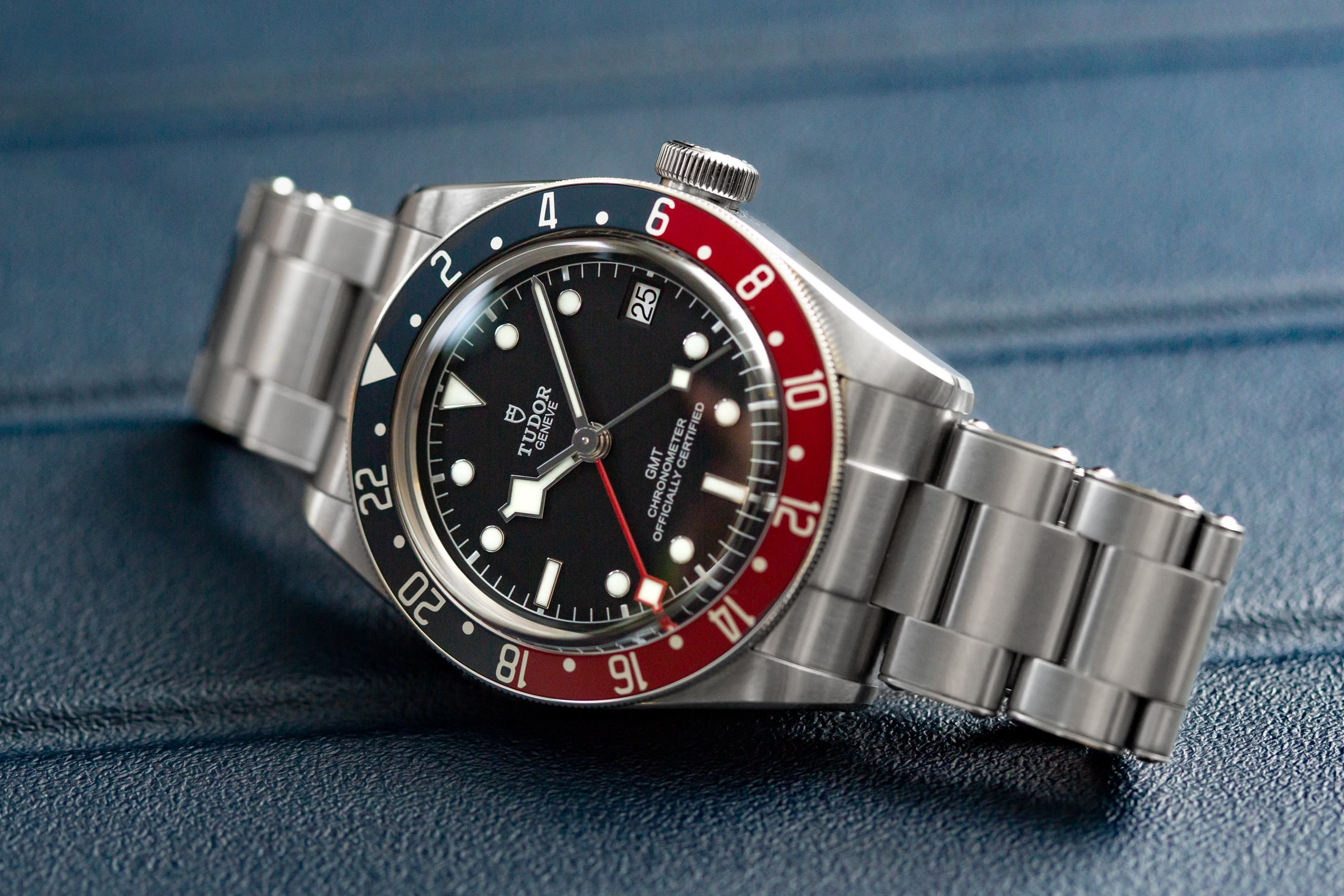 A Week On The Wrist: The Tudor Black Bay GMT Tudor Black Bay GMT 17