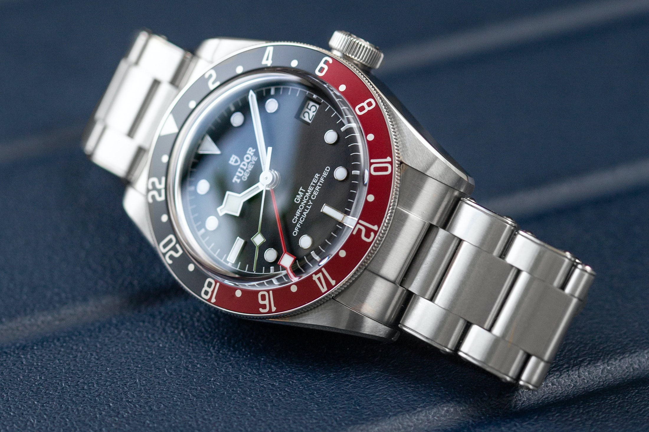 A Week On The Wrist: The Tudor Black Bay GMT Tudor Black Bay GMT 10 1