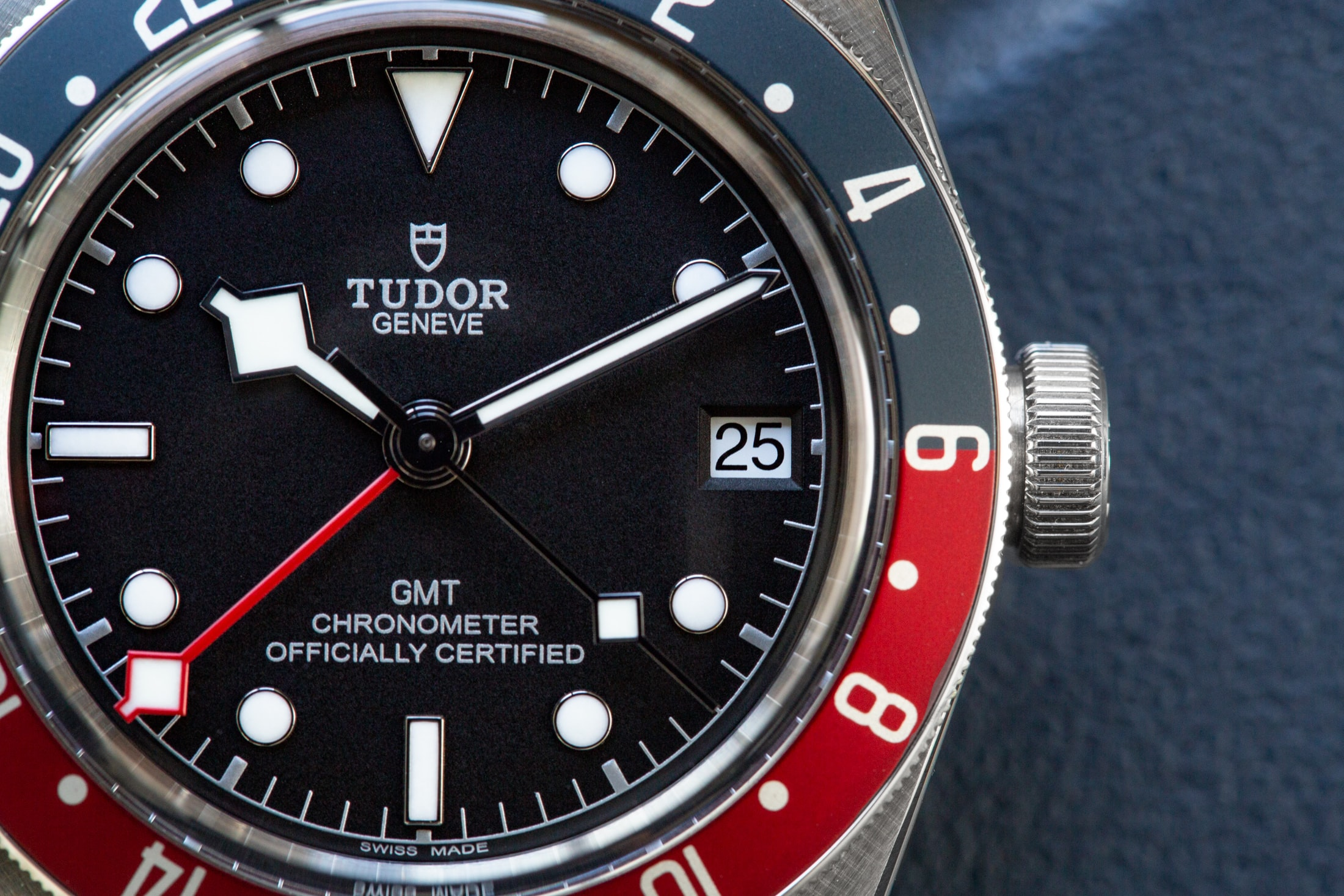 A Week On The Wrist: The Tudor Black Bay GMT Tudor Black Bay GMT 11