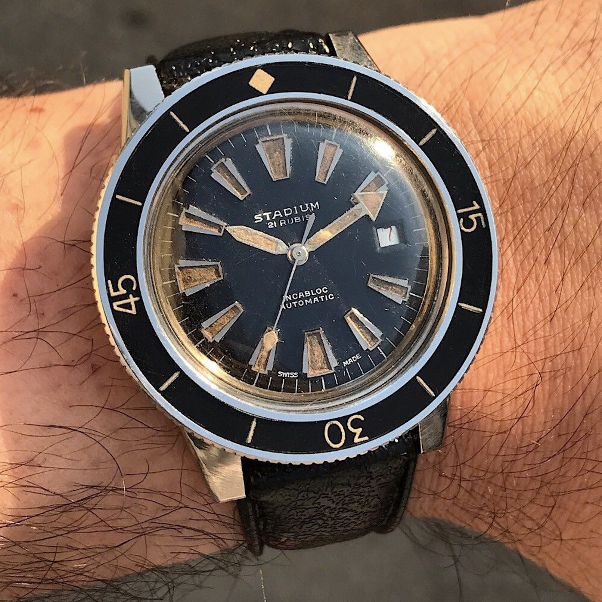 Bring a Loupe: A Unique Roger Smith, A Breitling 'Raquel Welch,' And An Unusual Angelus Repeater