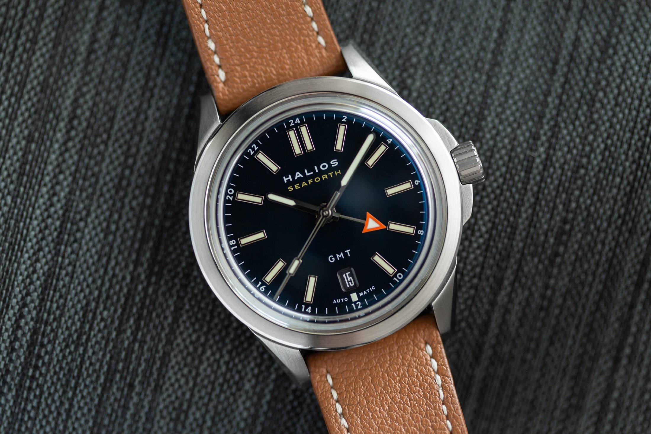 Introducing: The Halios Seaforth GMT (Live Pics & Pricing) Halios Seaforth GMT 1