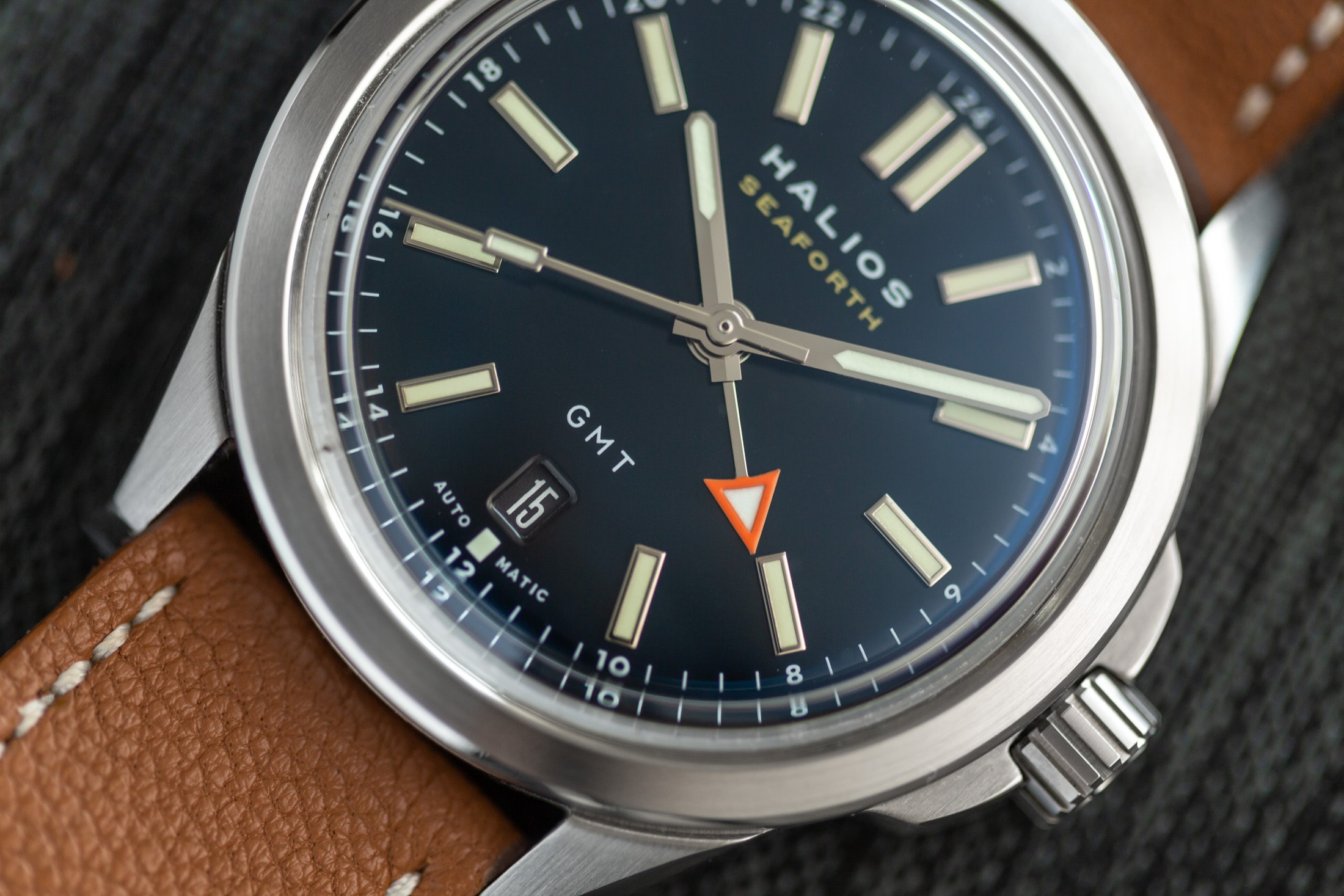 Introducing: The Halios Seaforth GMT (Live Pics & Pricing) Halios Seaforth GMT 2