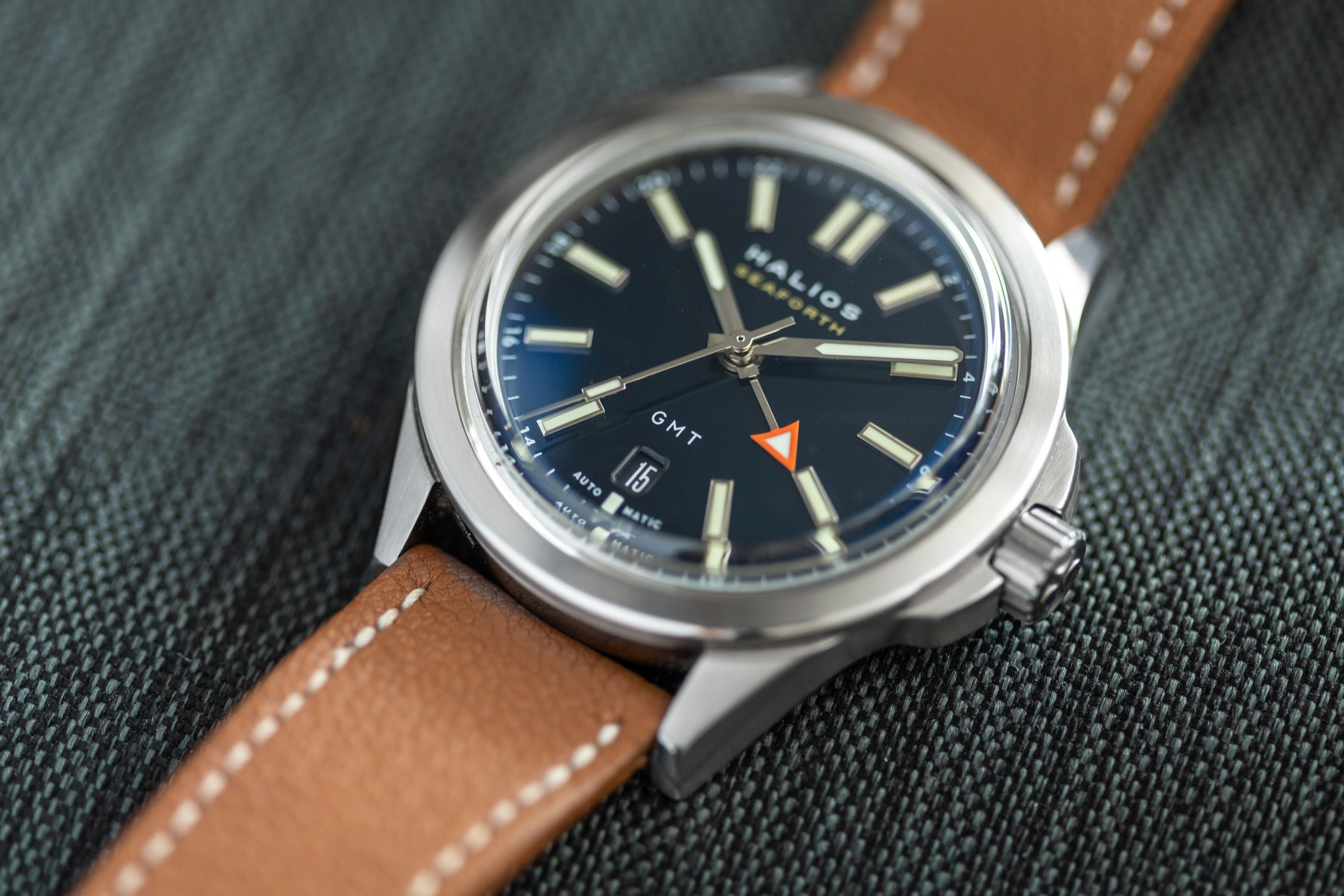 Introducing: The Halios Seaforth GMT (Live Pics & Pricing) Halios Seaforth GMT 3