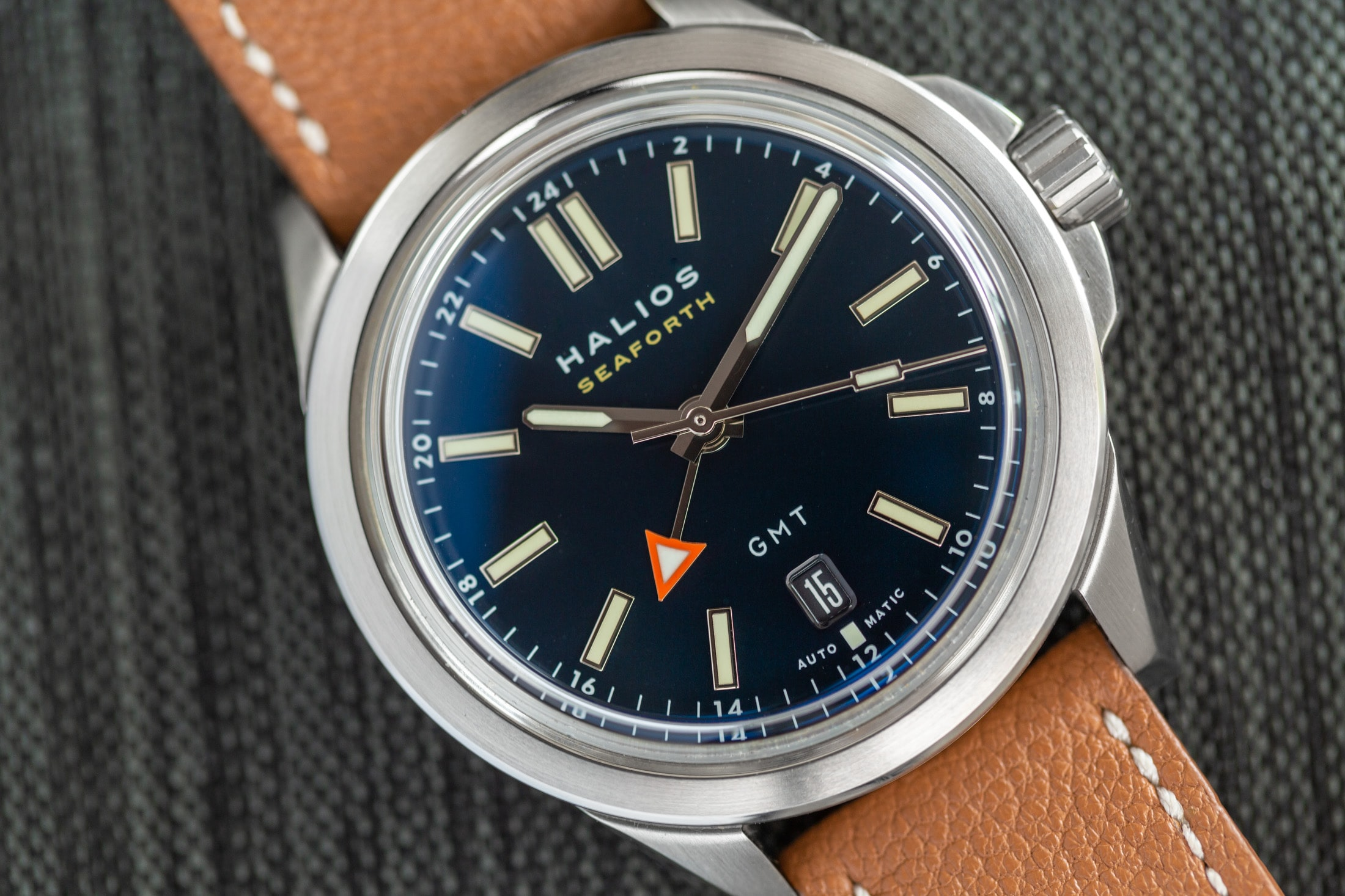 Introducing: The Halios Seaforth GMT (Live Pics & Pricing) Halios Seaforth GMT 5
